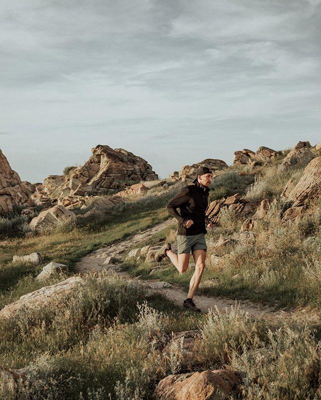 @rhone • • • #wheninrhone #foreverforward #utah #antelopeisland #trailrunning #running #utahphotographer #lifestylephotography #brand #brandphotography