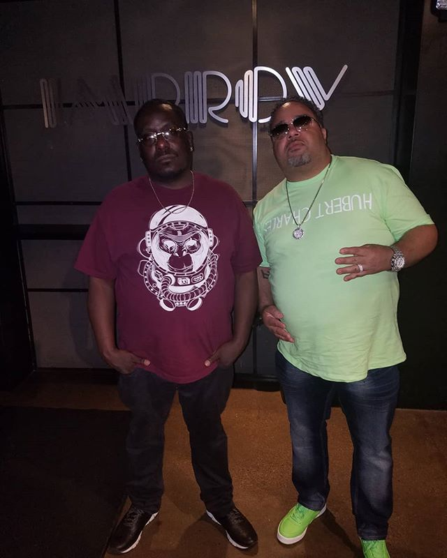 Detroit style Bougiefly and @hubertcharlesco networking in the building now you know u in trouble check them out & cop something they got all Fly shit be different and support the real dont follow trends create them  #hubertcharlescollection #bougieflyapparel #detroit #phoenix #blackownedbusiness #chicago #sacramento #lasvegas #newyork #Bougiefly #urbanfashion #realrecognizesreal #milwaukee #Florida #atlanta
