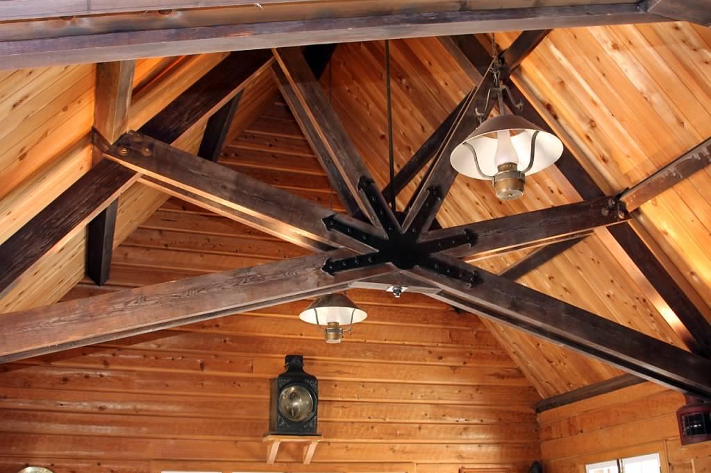 Schilling-lodge-txc-lake-tahoe-rubicon-paradise-flat-interior-main-room--trusses-lantern.jpeg