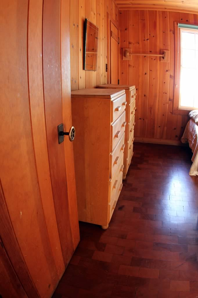 Schilling-lodge-txc-lake-Tahoe-rubicon-paradise-flat-pennoyer-interior-bedroom-single-7.jpeg