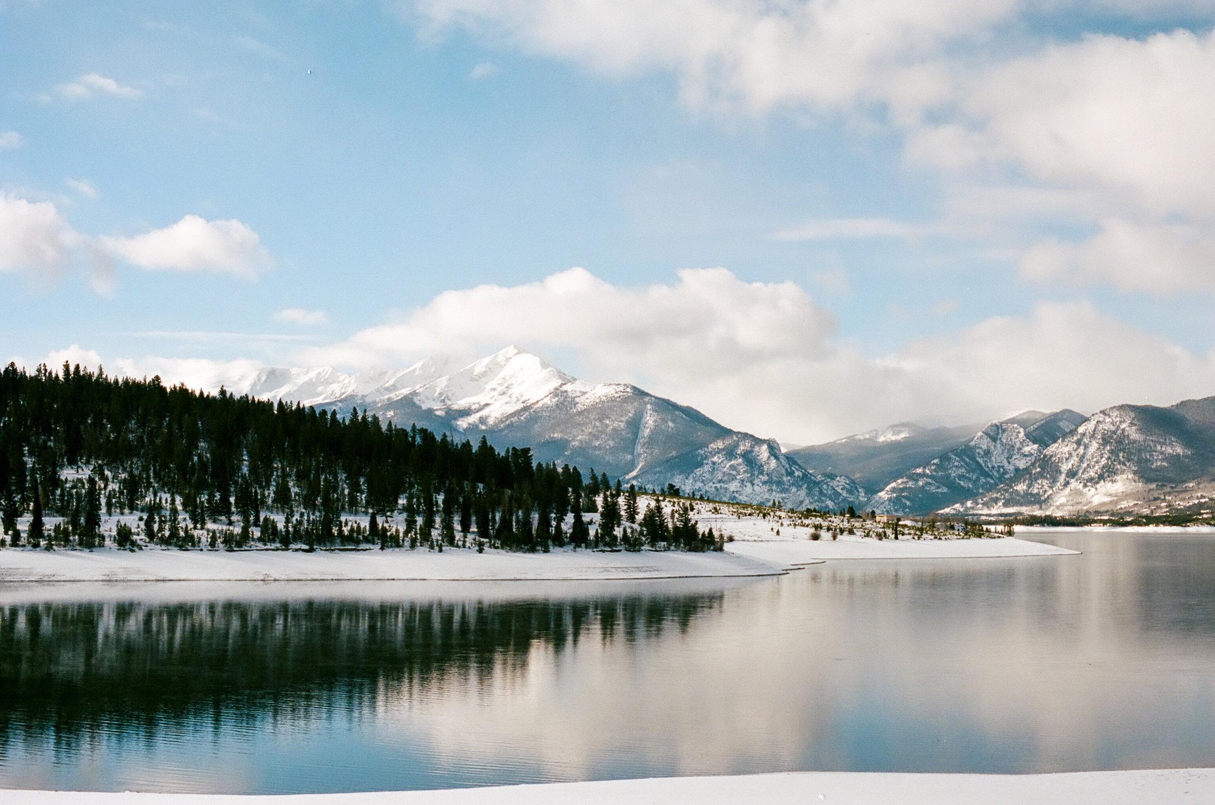 lake dillom-000161380006.jpg