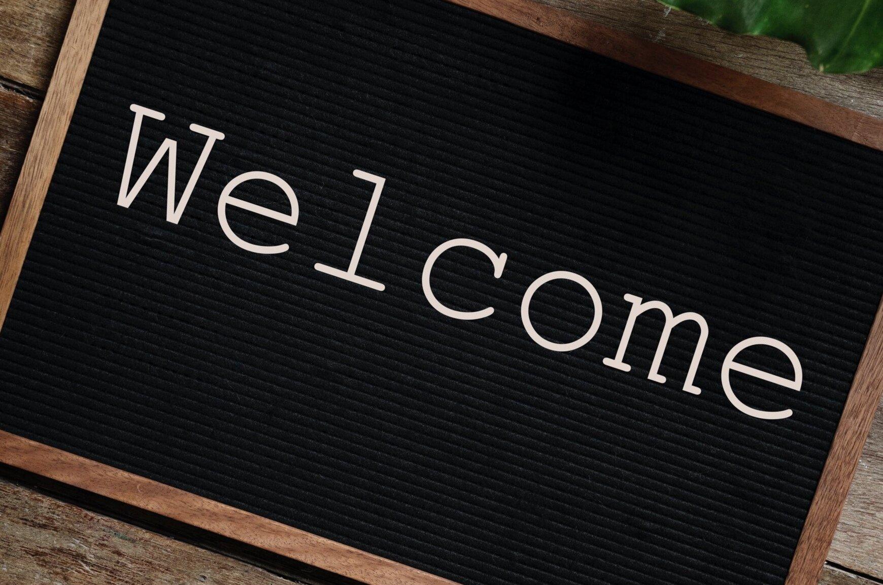 blackboard-frame-greeting-984539.jpg