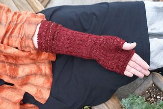 Rolling Thunder Gloves (free)