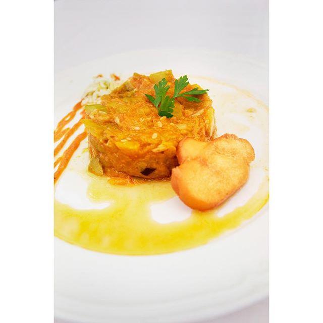 A lovely plate from  Molina de la Romero in Carmona, Spain. ⠀⠀⠀⠀⠀⠀⠀⠀⠀⠀⠀ ⠀⠀⠀⠀⠀⠀⠀⠀⠀⠀⠀⠀ ⠀ ⠀⠀⠀⠀⠀⠀⠀⠀⠀⠀⠀⠀ ⠀⠀⠀⠀⠀⠀⠀⠀⠀⠀⠀⠀⠀⠀⠀⠀⠀⠀⠀⠀⠀⠀⠀ ⠀⠀⠀⠀⠀⠀⠀⠀⠀⠀⠀⠀ . . . #food #foodphotography #foodphotographer #foodphoto #foodporn #foodphoto #foodie #foodstagram #foodstyling #foodstylist #foodpics #cook #cooking #stilllife #stilllifephotography #photoshoot #yummy #feelgood #healthyfood #healthyeating #photooftheday #bonappetit #epicurious #foodbeast #beautifulfood #goodmoodfood  #spain #españa