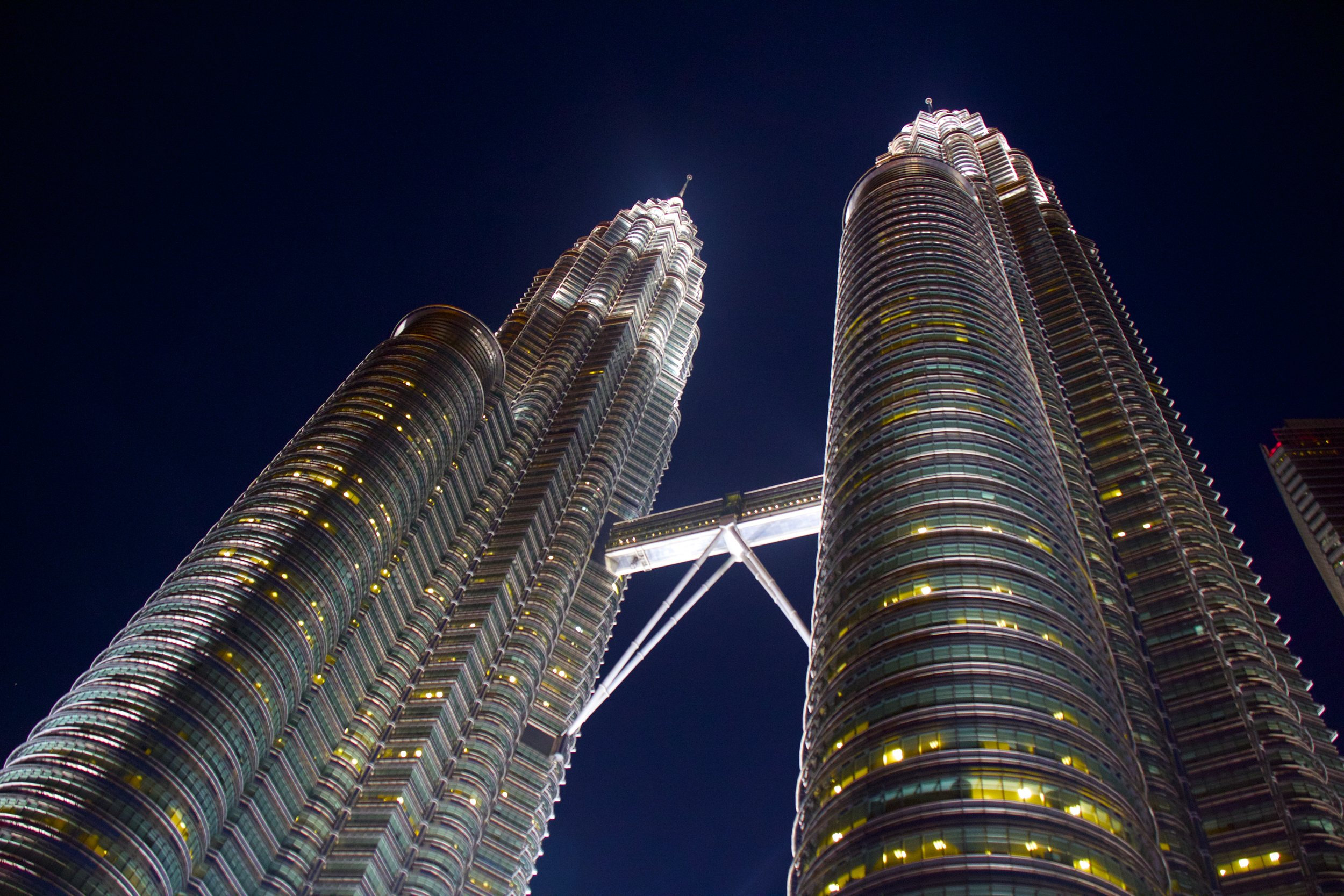 kuala lumpur malaysia petronas towers 1.jpg