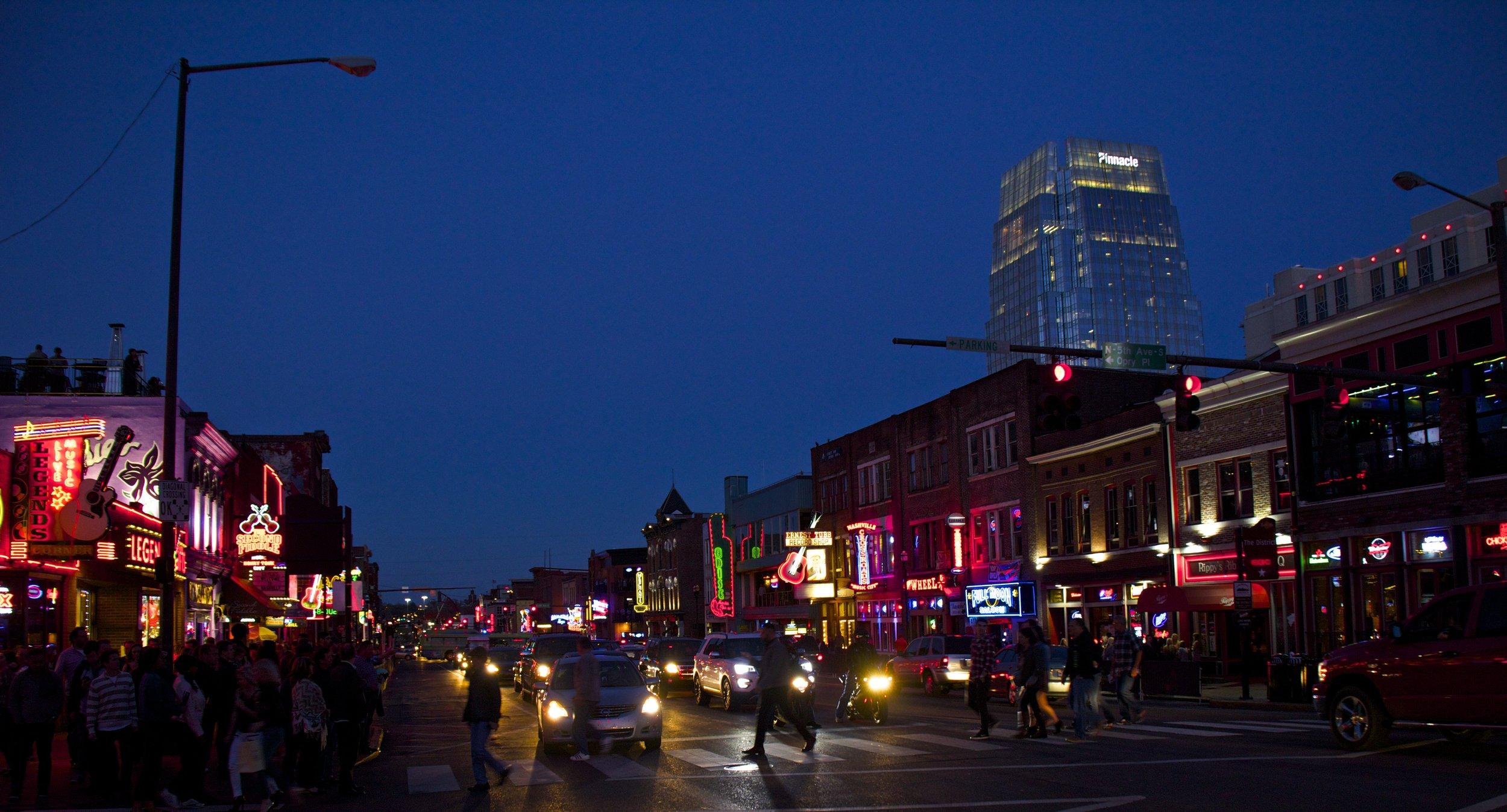 downtown nashville broadway 1.jpg