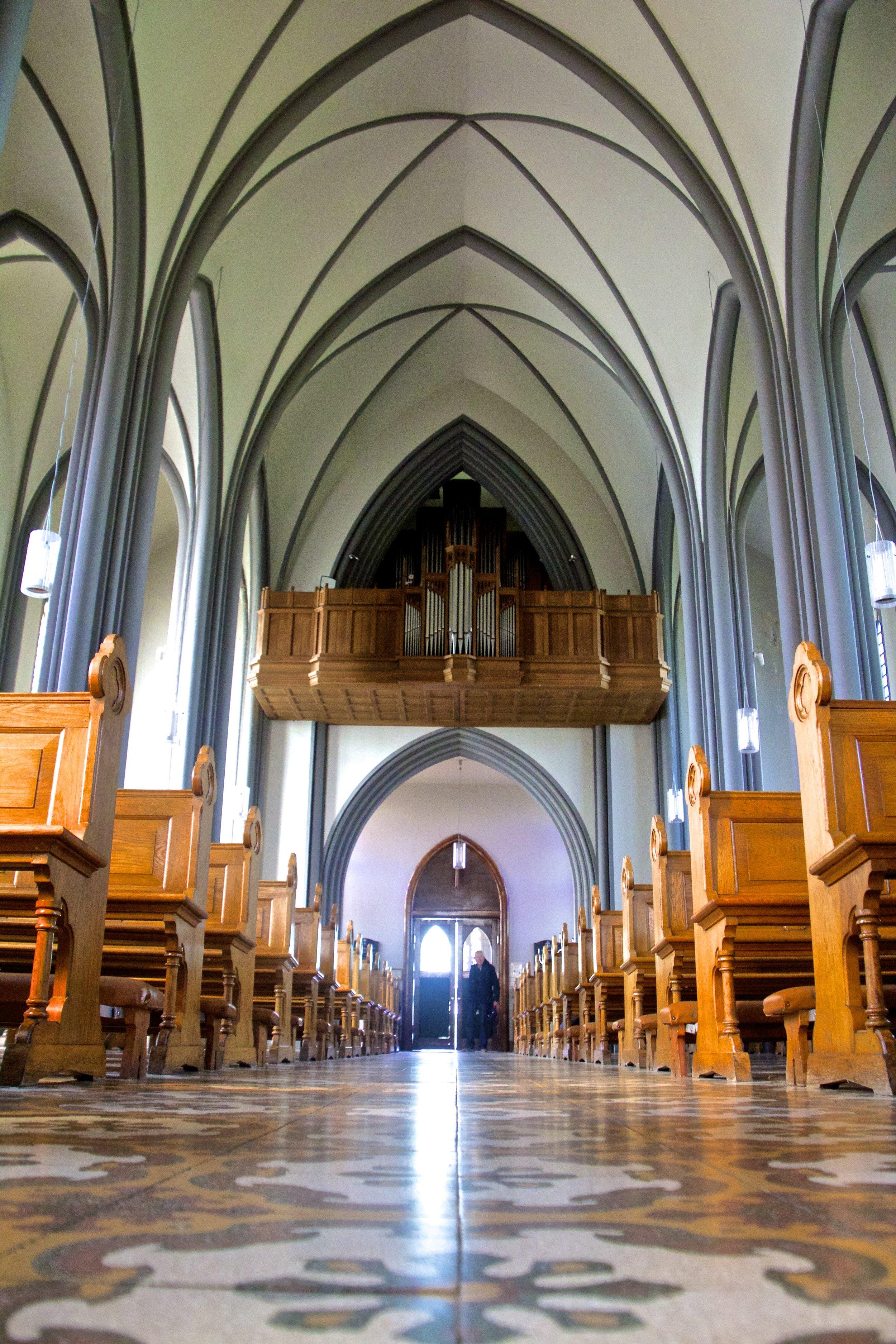 reykjavik iceland roman cathedral 5.jpg