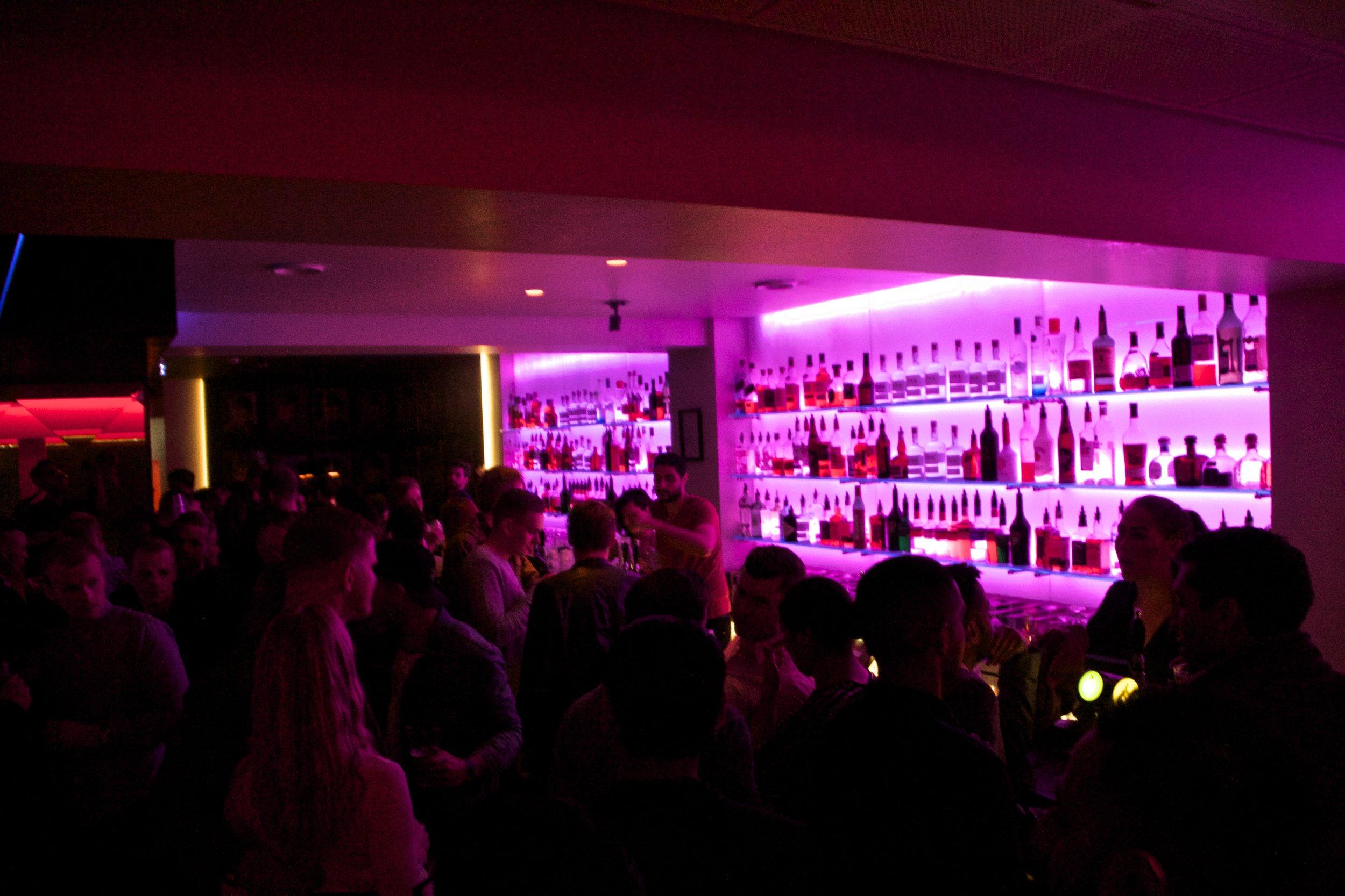 reykjavik nightlife auster 1.jpg