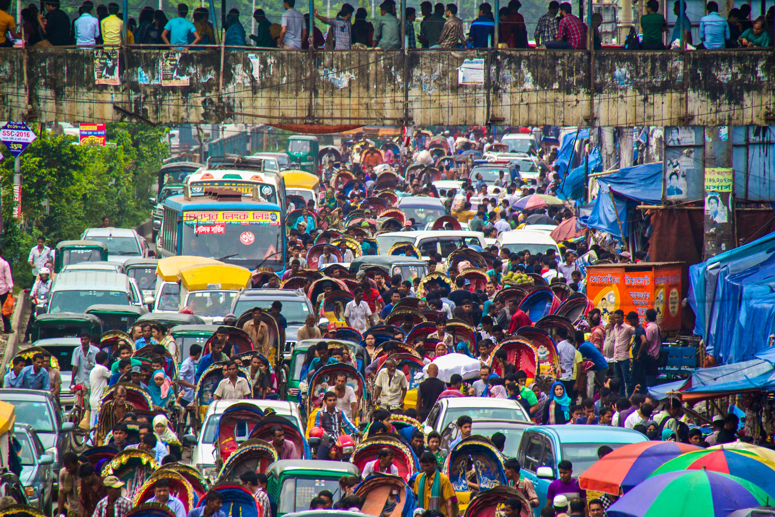 dhaka bangladesh new market traffic-2.jpg