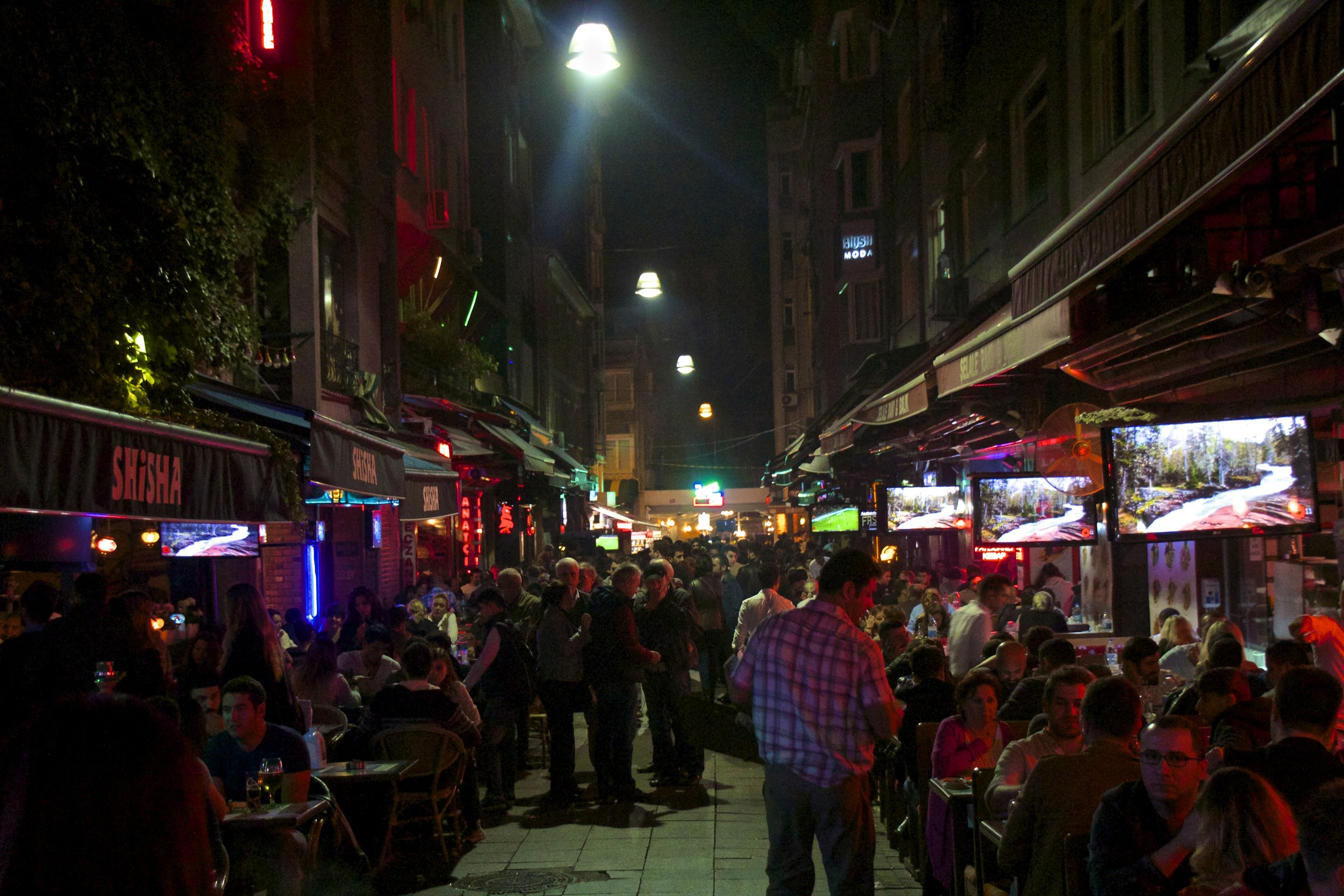 istanbul nightlife turkey 6.jpg