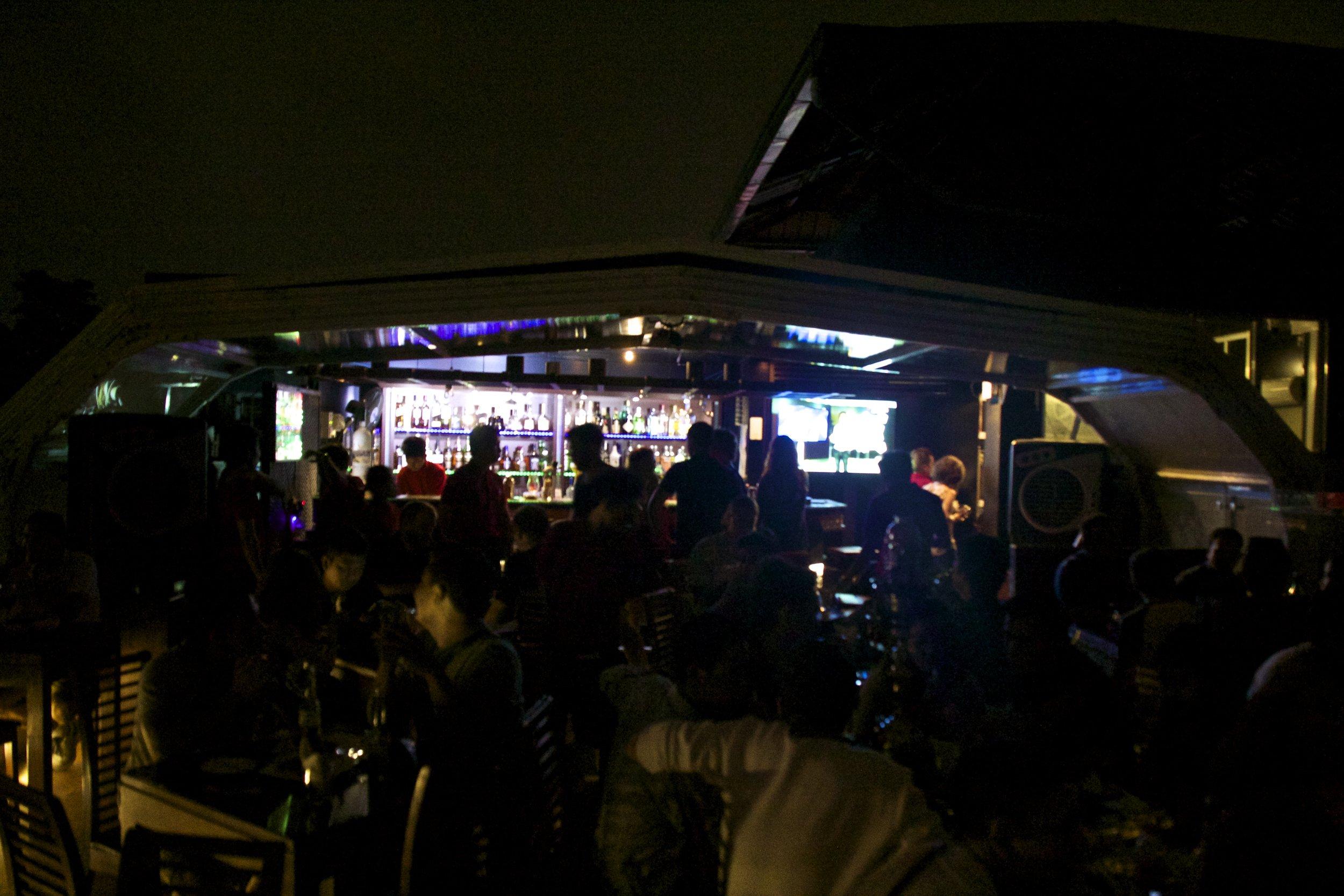 vista bar nightlife rangoon yangon burma myanmar 3.jpg