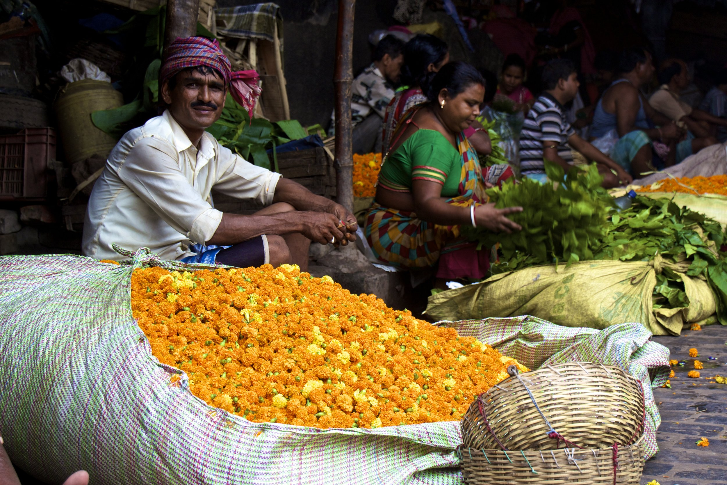 mallick ghat flower market kolkata calcutta india photography 7.jpg