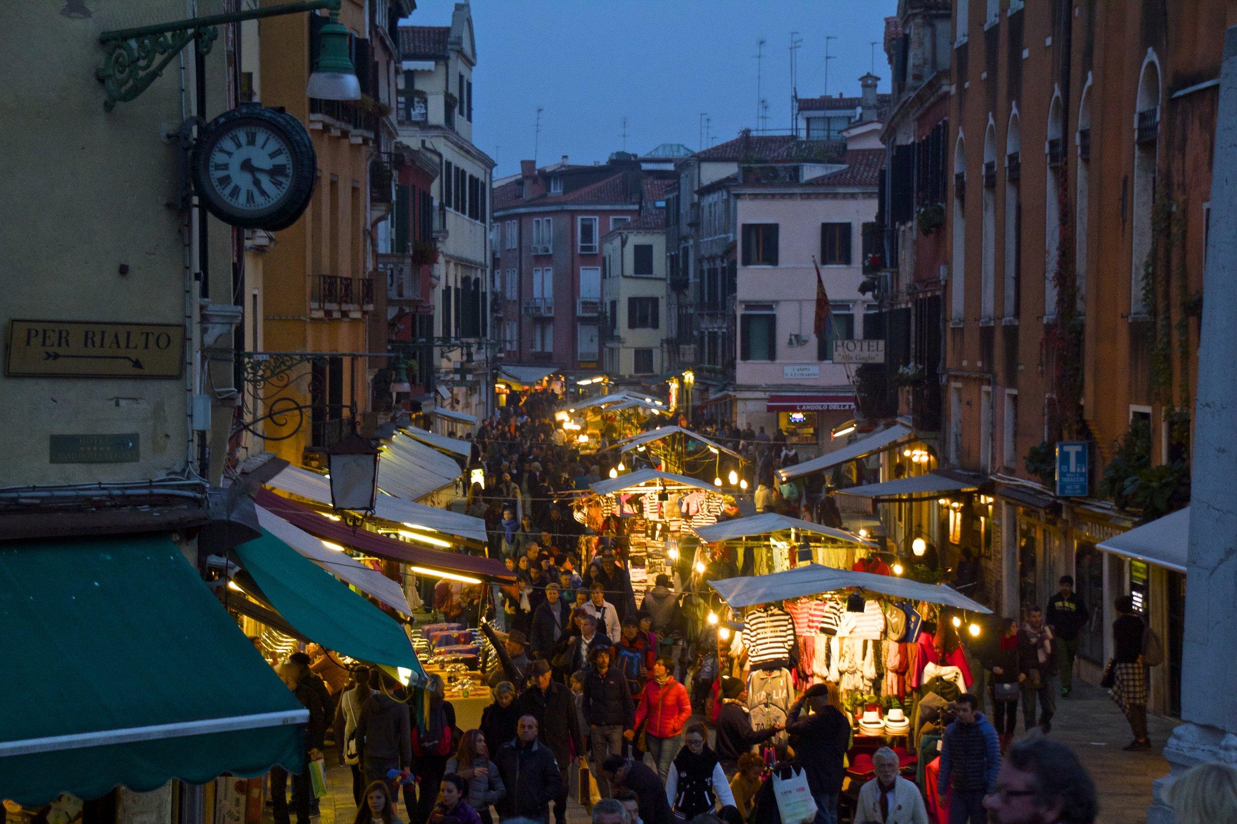 venice venezia veneto italy at night 5.jpg