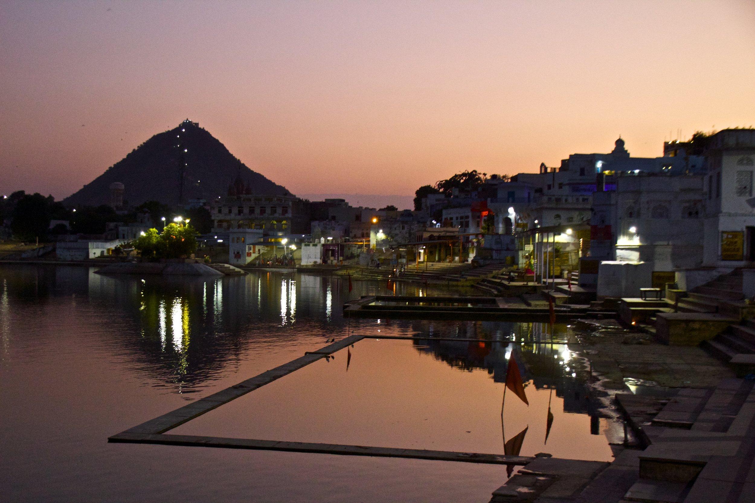 pushkar rajasthan ghats street photography 33.jpg