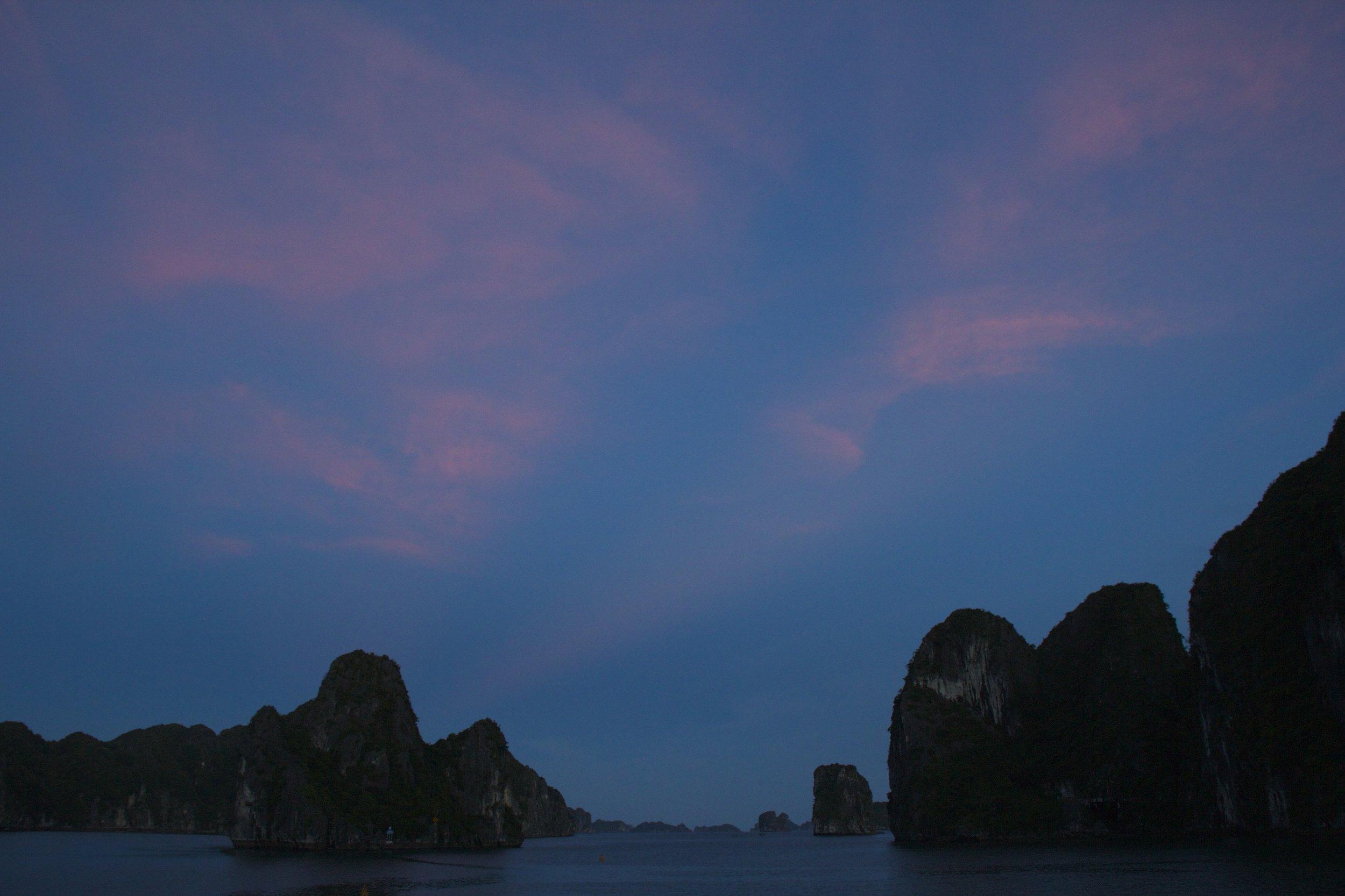 Ha Long Bay Vietnam 8.jpg