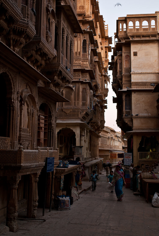 jaisalmer_rajasthan_india_campoamor_architects_01-1.jpg