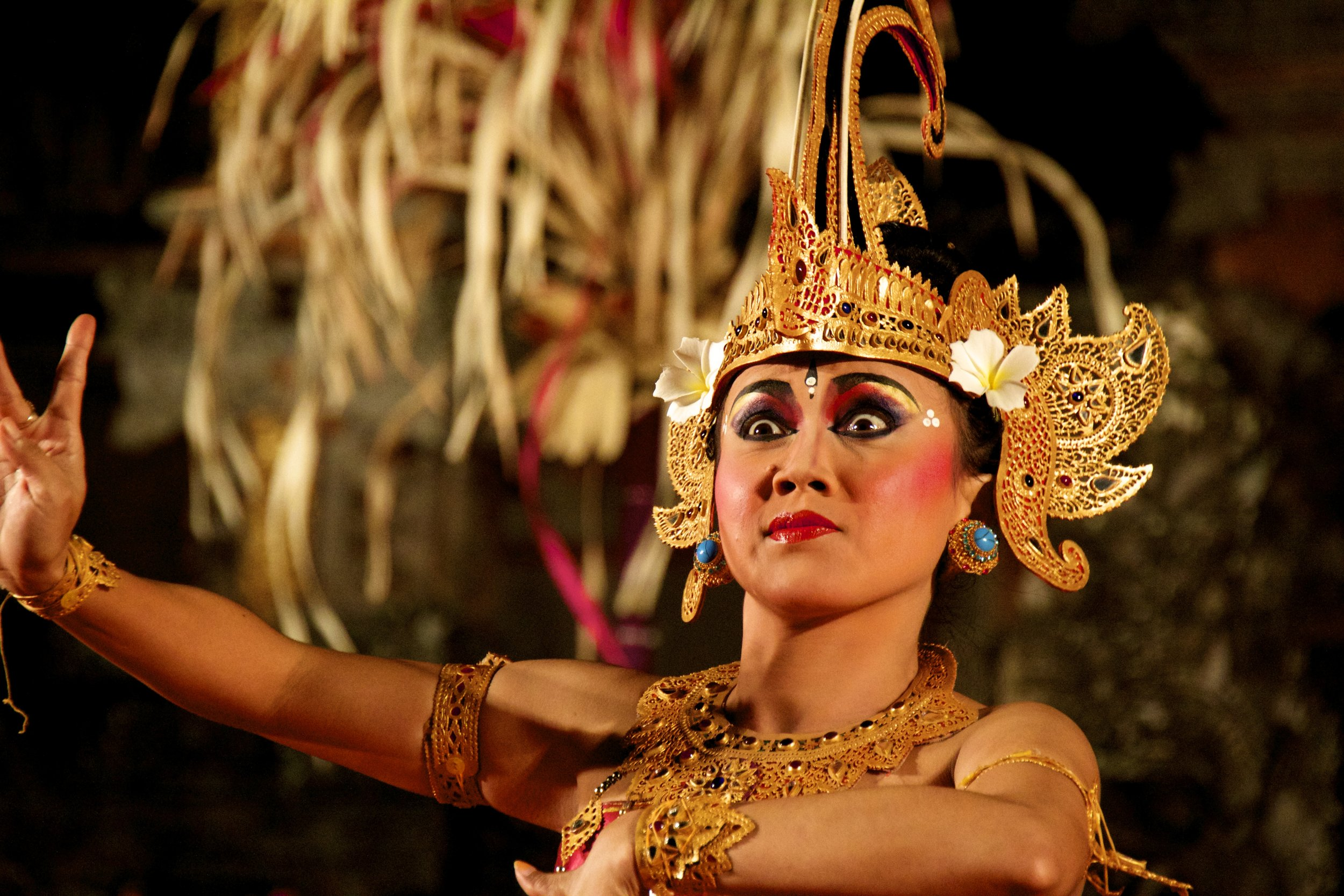 bali traditional dancing.jpg