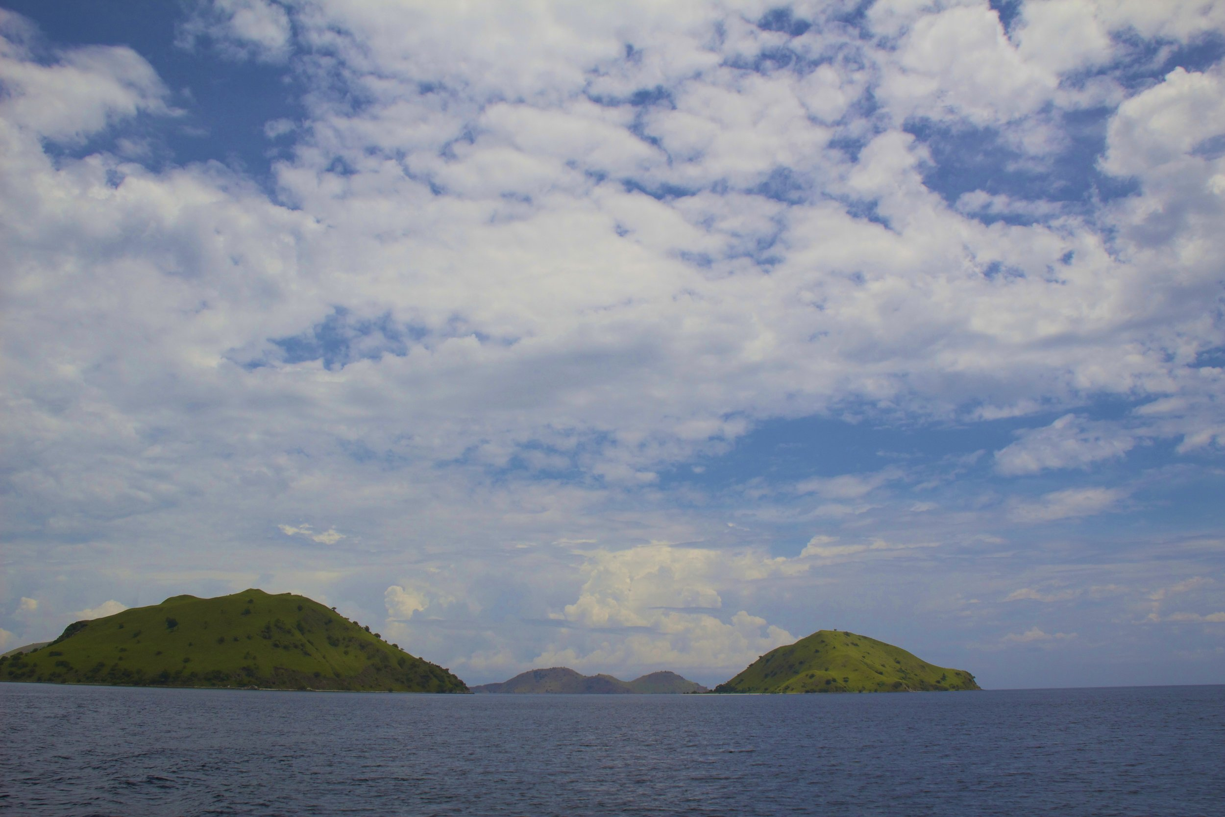 komodo islands flores indonesia 2.jpg