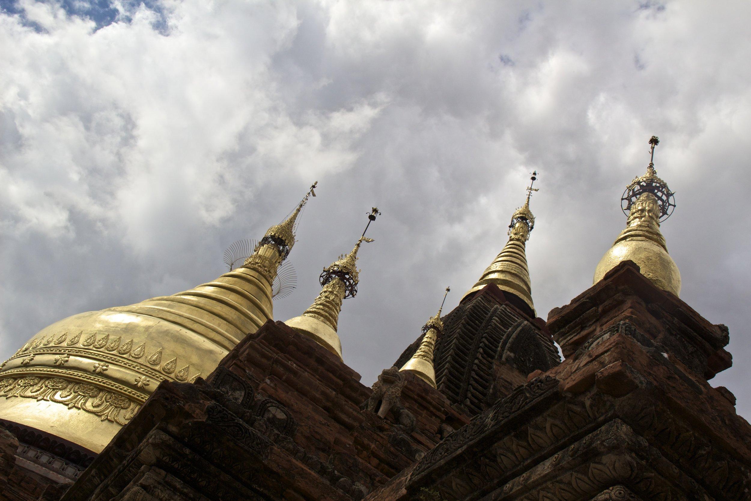 bagan burma myanmar buddhist temples 10.jpg