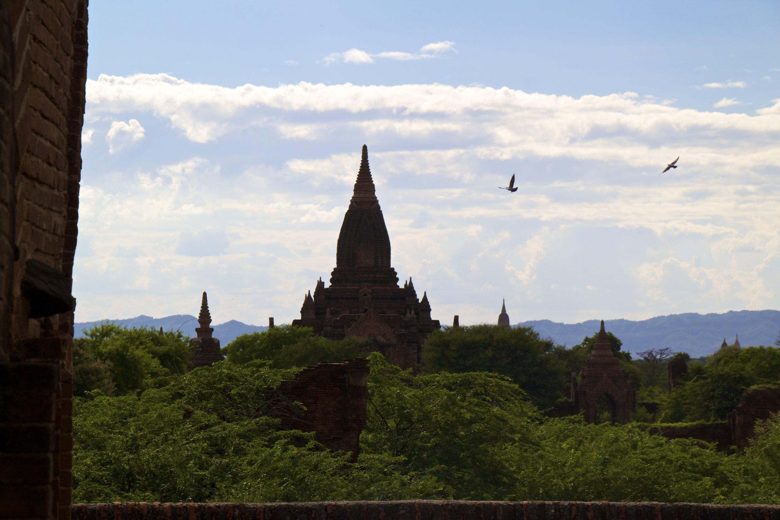 bagan burma myanmar buddhist temples 19.jpg