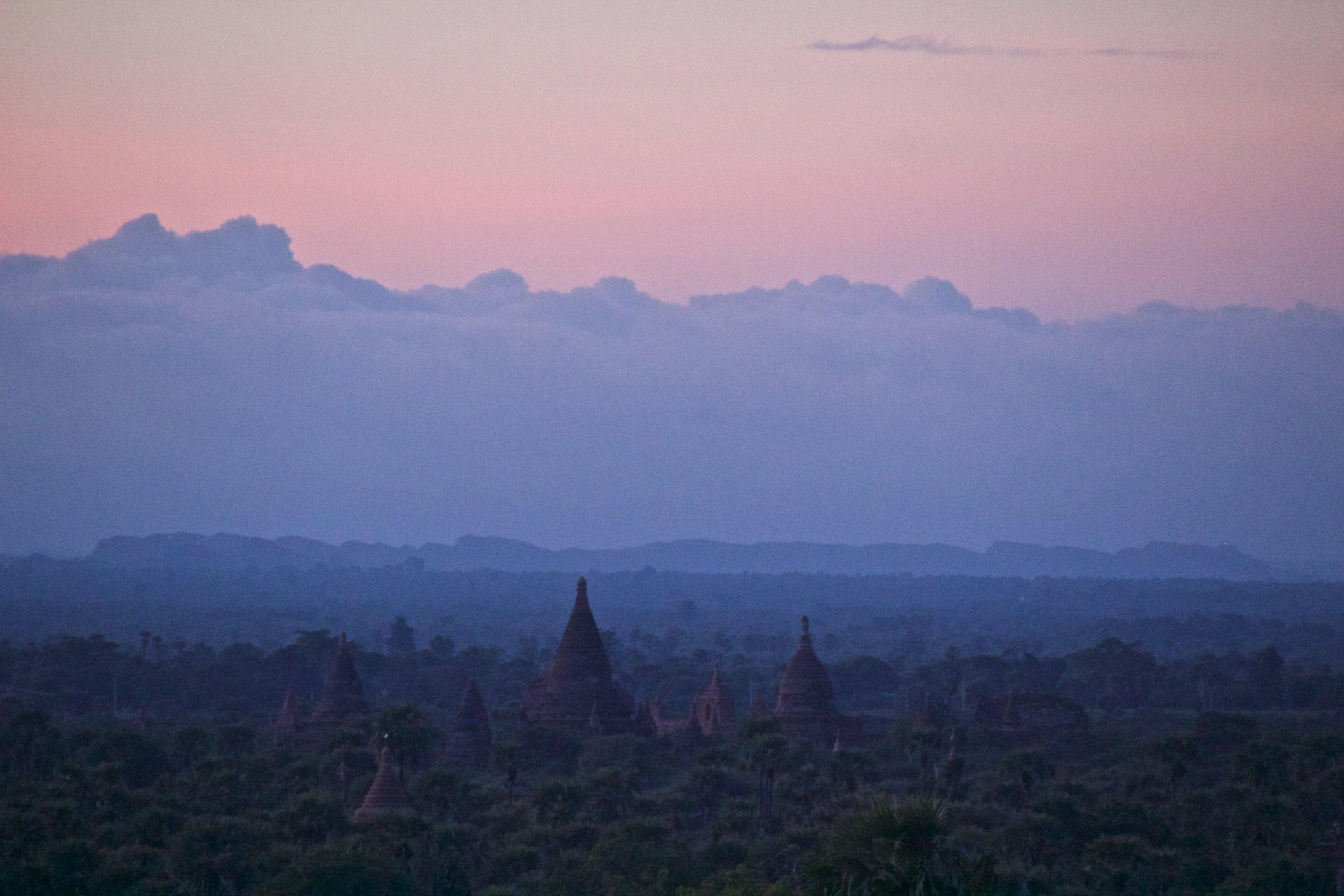bagan burma myanmar temples sunrise 7.jpg