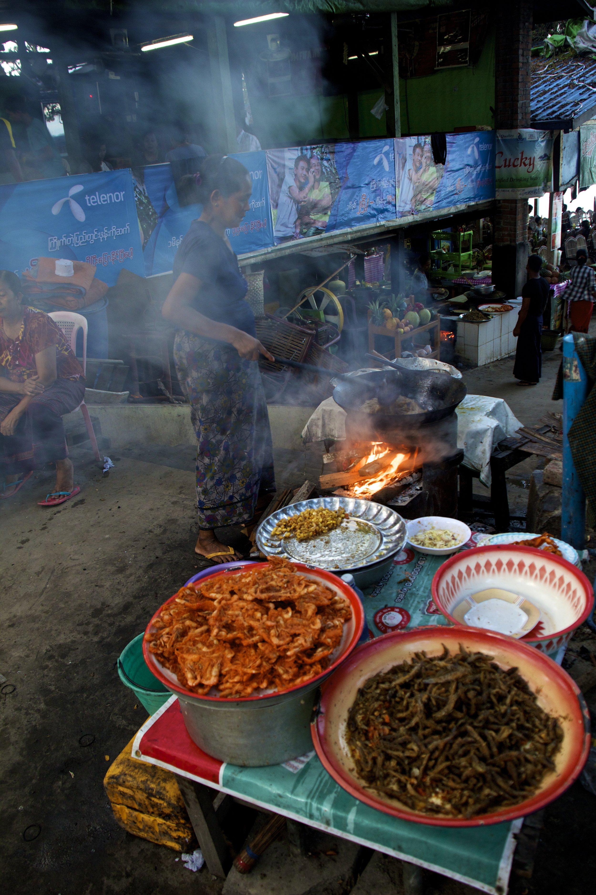 U Bein Bridge Mandalay Burma Myanmar 3.jpg