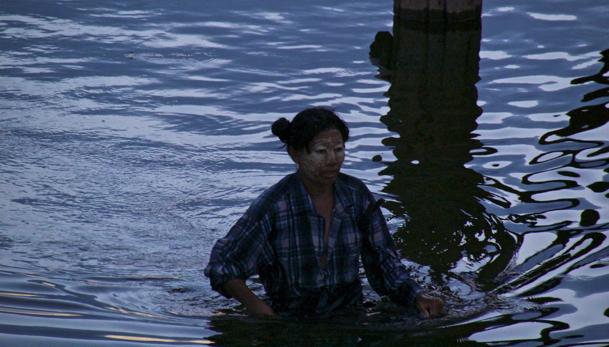 U Bein Bridge Mandalay Burma Myanmar 18.jpg