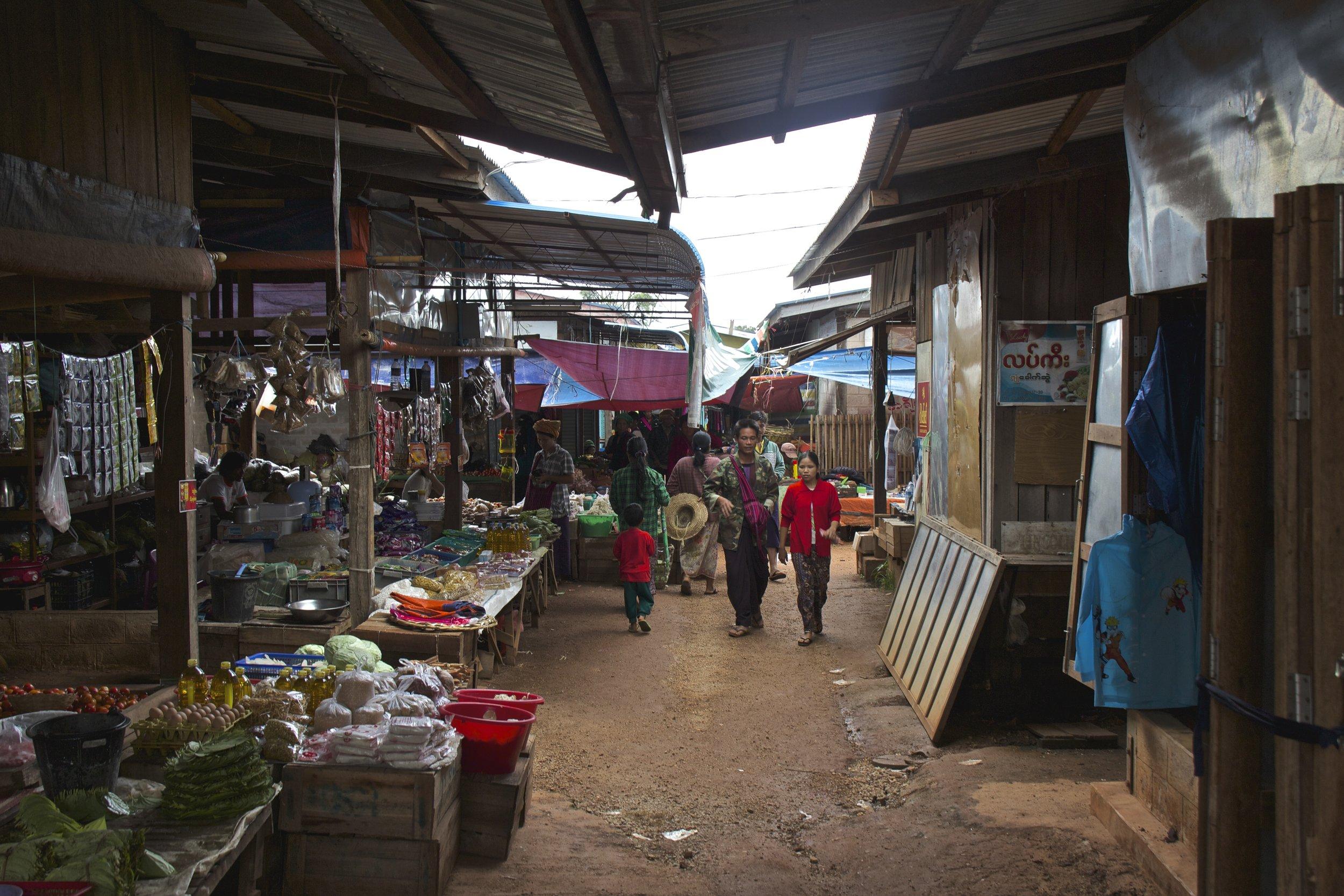 pa'o people market shan state burma myanmar 9.jpg