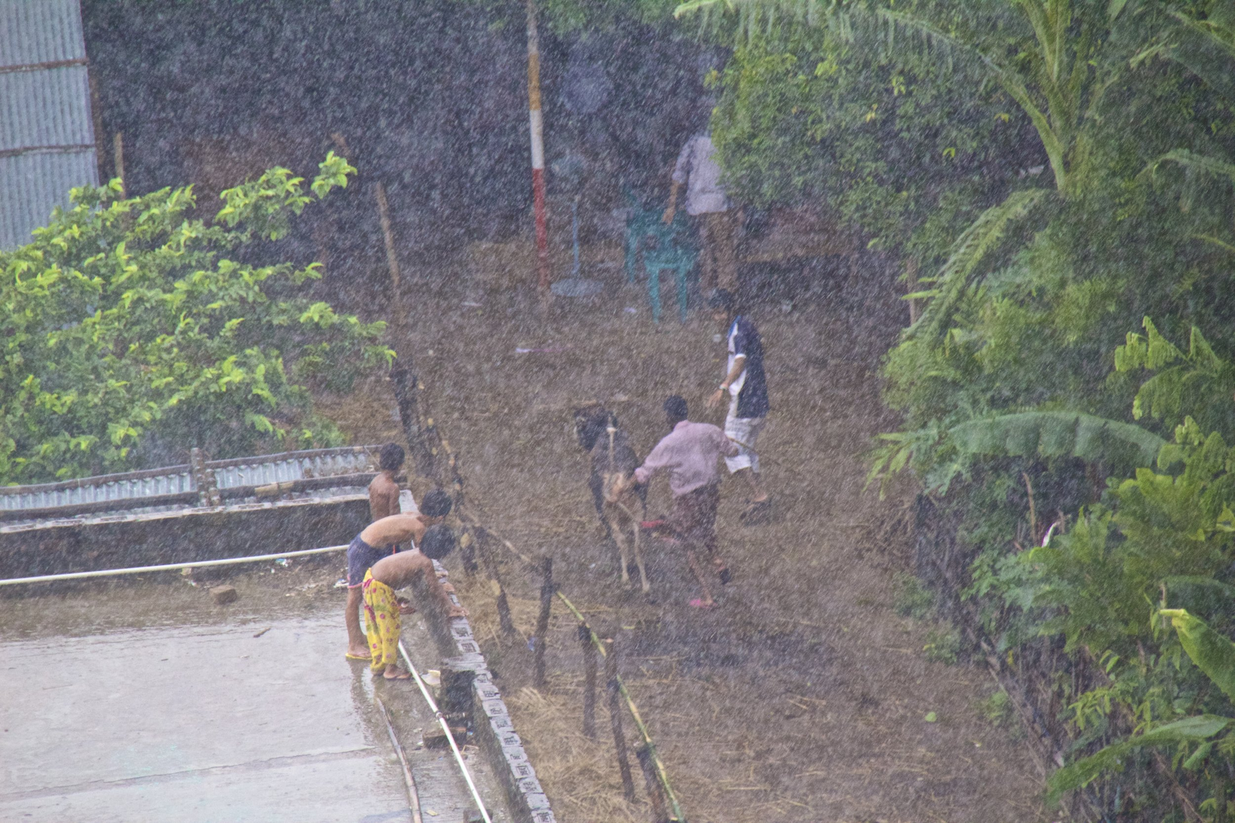 dhaka bangladesh slums monsoon rain 1.jpg