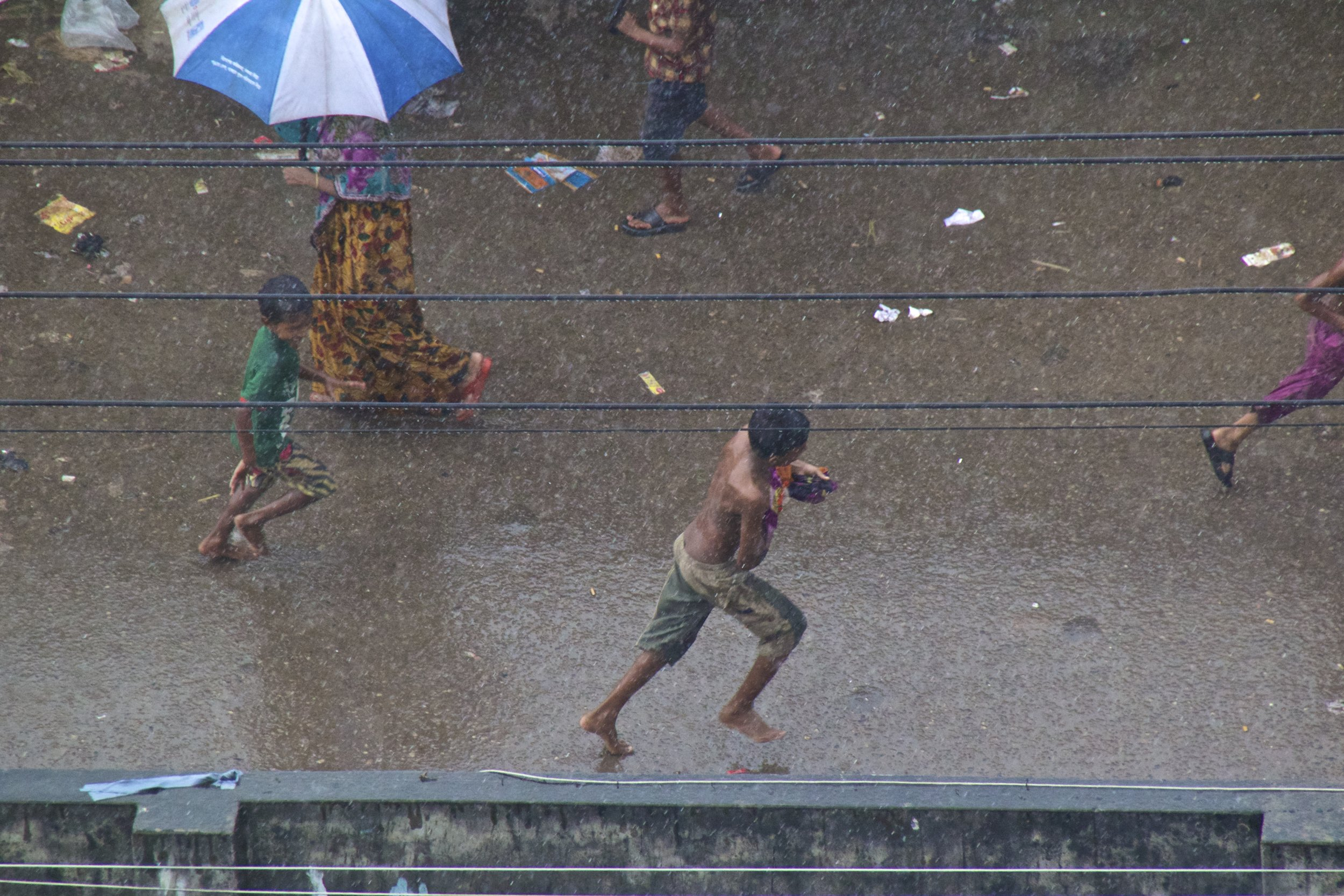 dhaka bangladesh slums monsoon rain 3.jpg