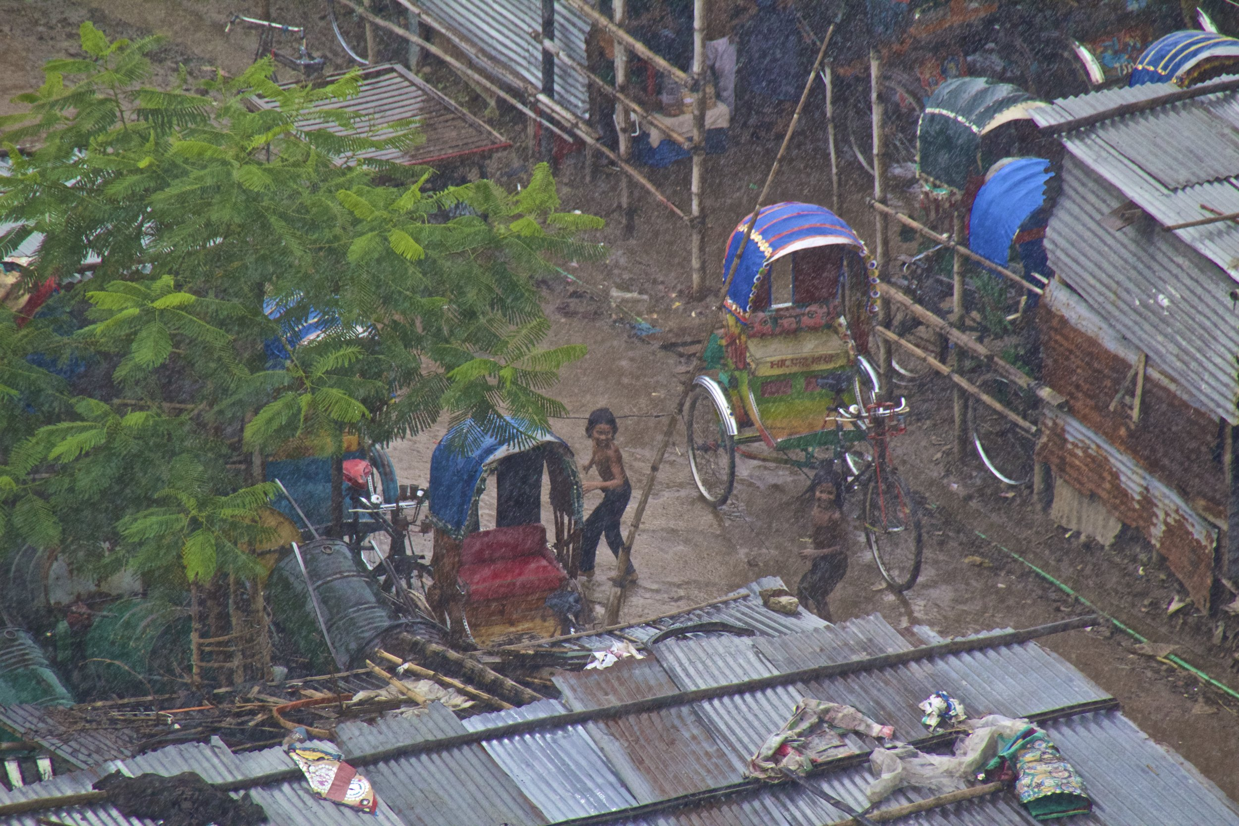 dhaka bangladesh slums monsoon rain 4.jpg