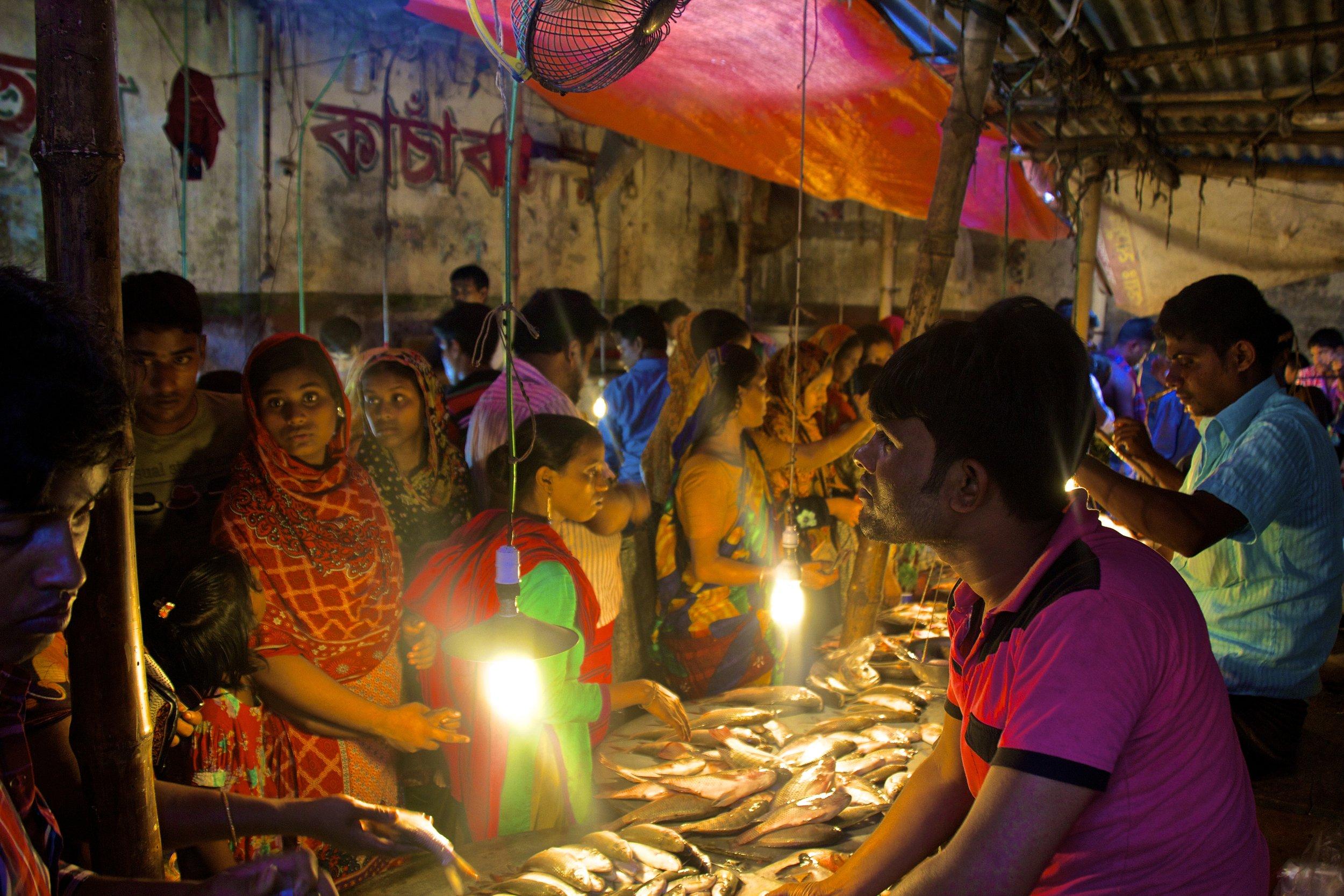dhaka rayer bazar slum market 3.jpg