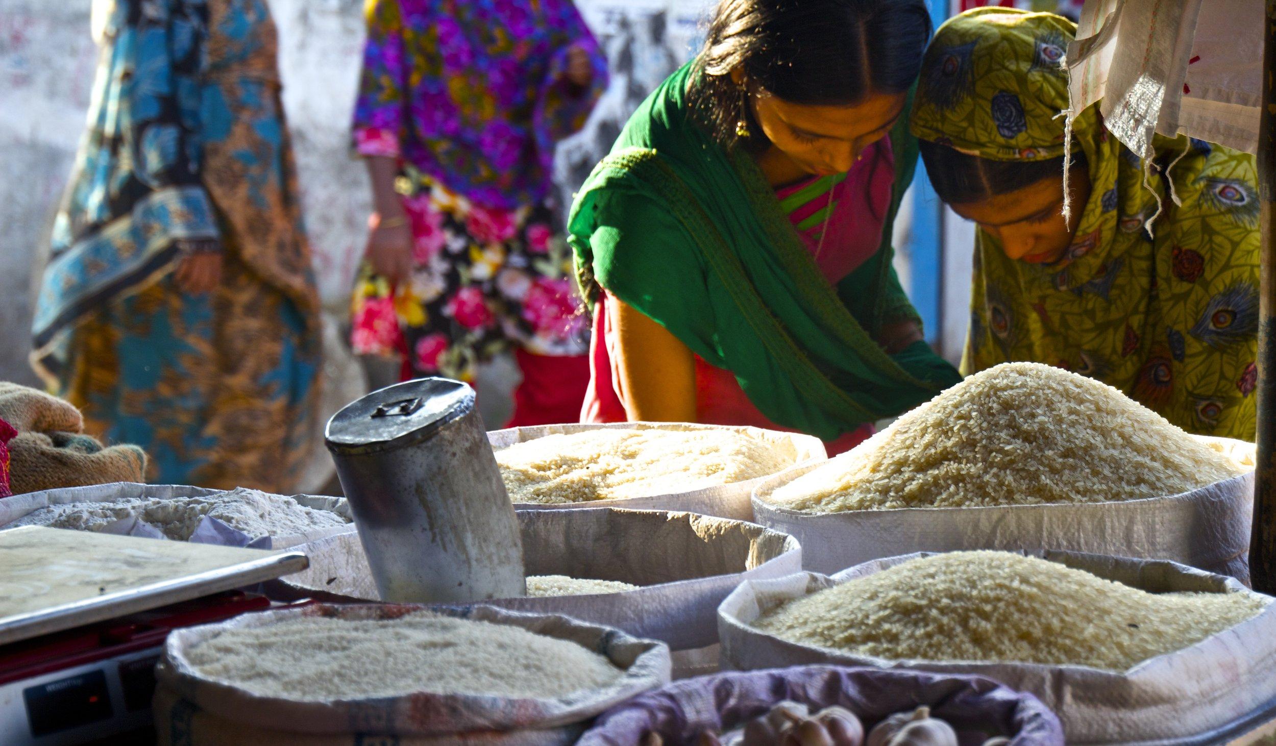 dhaka rayer bazar slum market 4.jpg