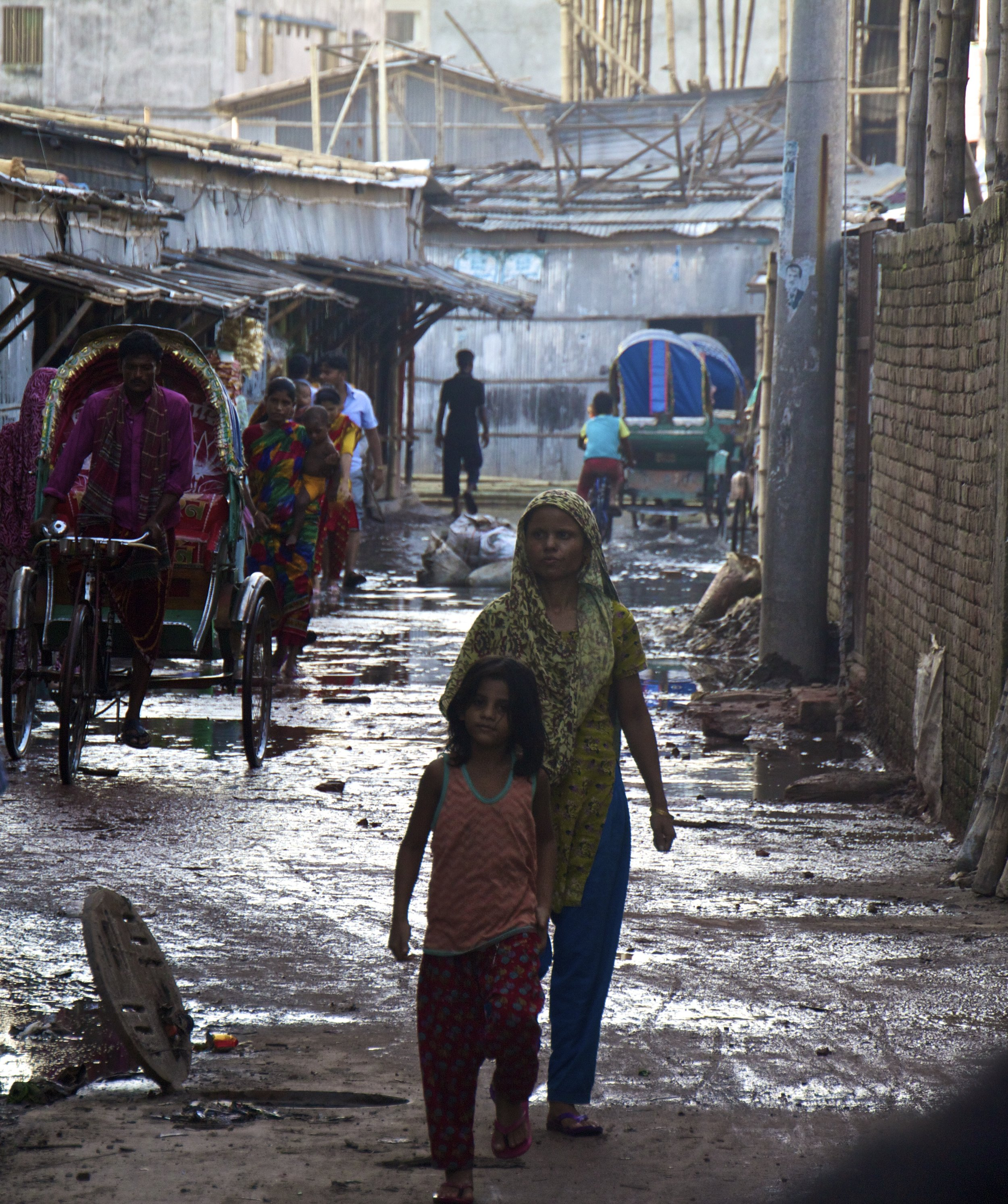 dhaka bangladesh slums photography 4.jpg