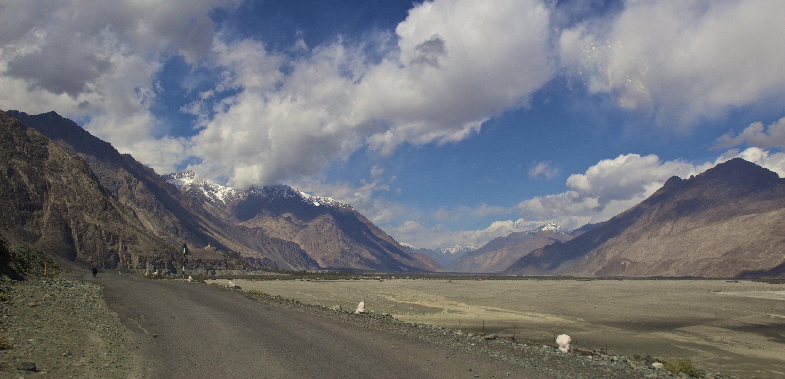 Nubra Valley Ladakh Kashmir Indian Himalayas Roads 6.jpg