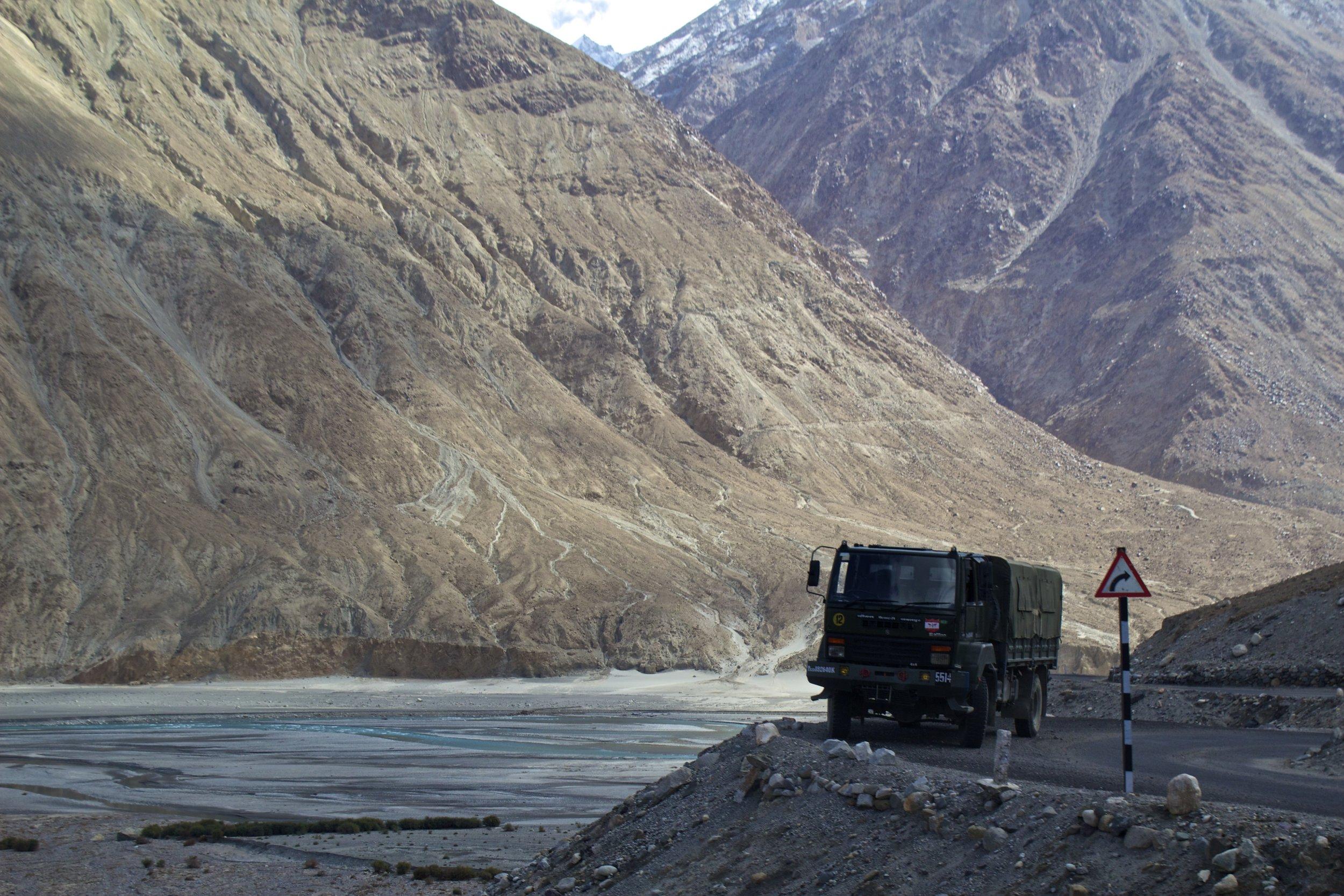 Shyok River Ladakh Gilgit Baltistan Indian Himalayas 2.jpg