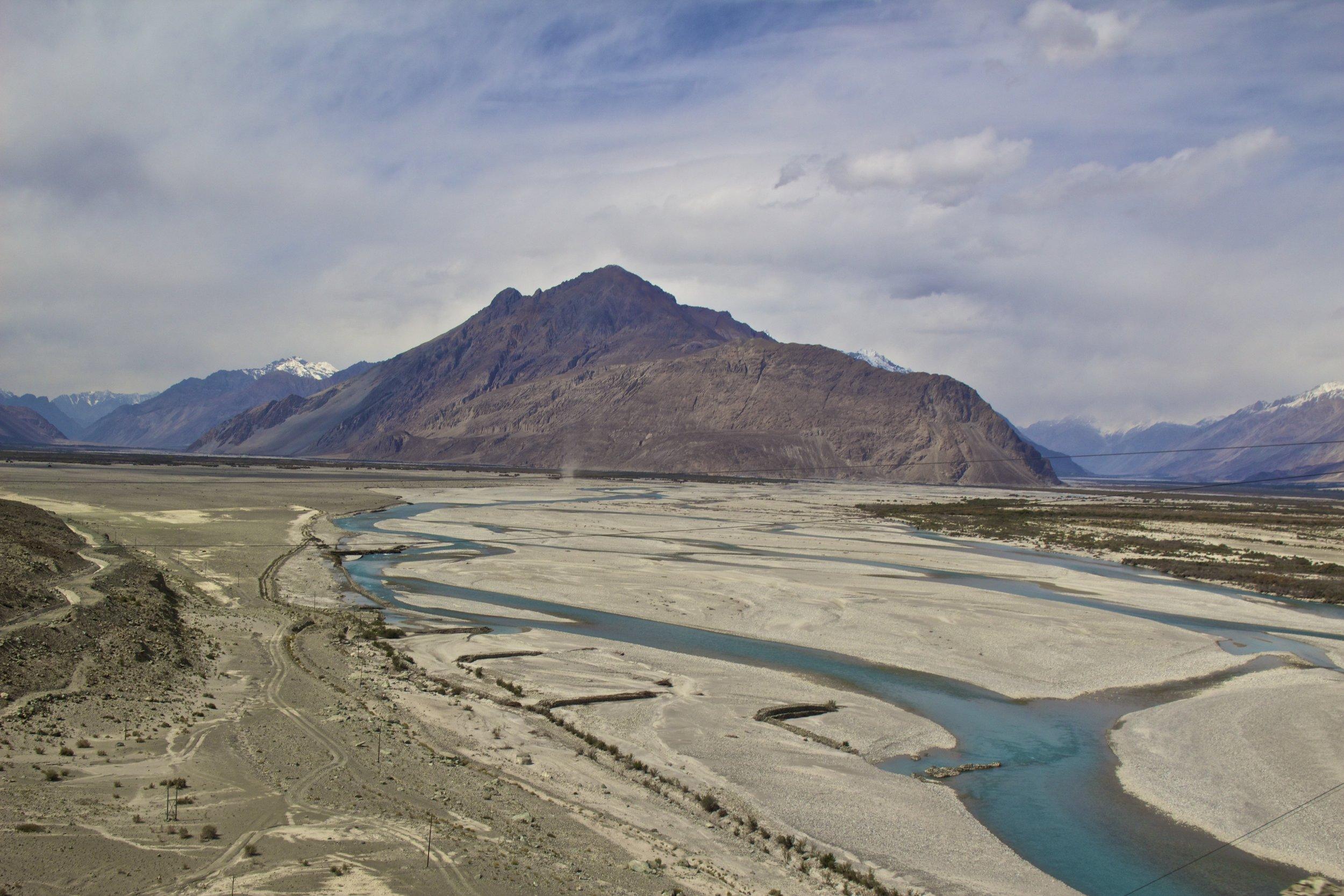 Shyok River Ladakh Gilgit Baltistan Indian Himalayas Nubra Valley 2.jpg