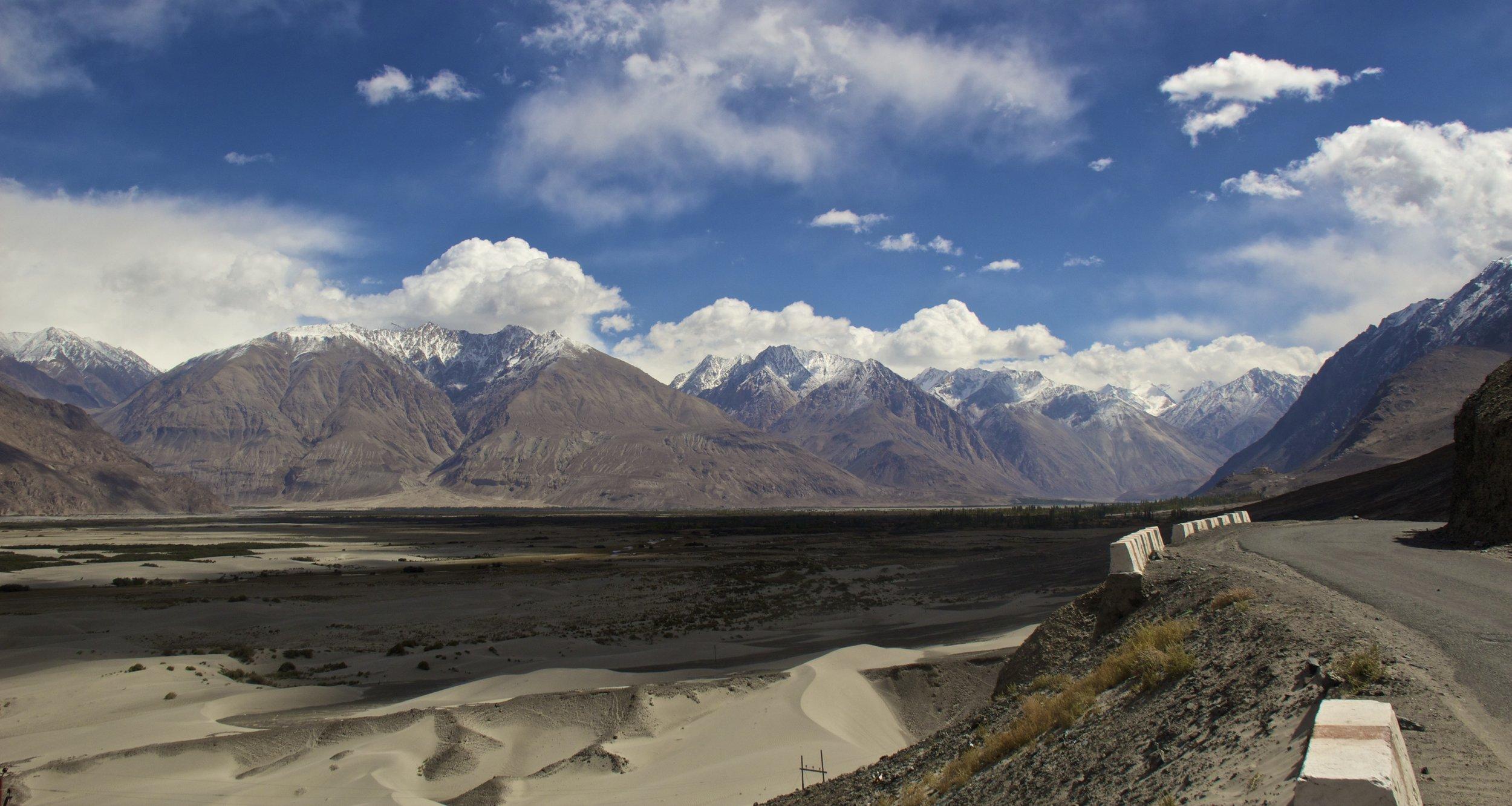 Nubra Valley Ladakh Kashmir Indian Himalayas Roads 8.jpg
