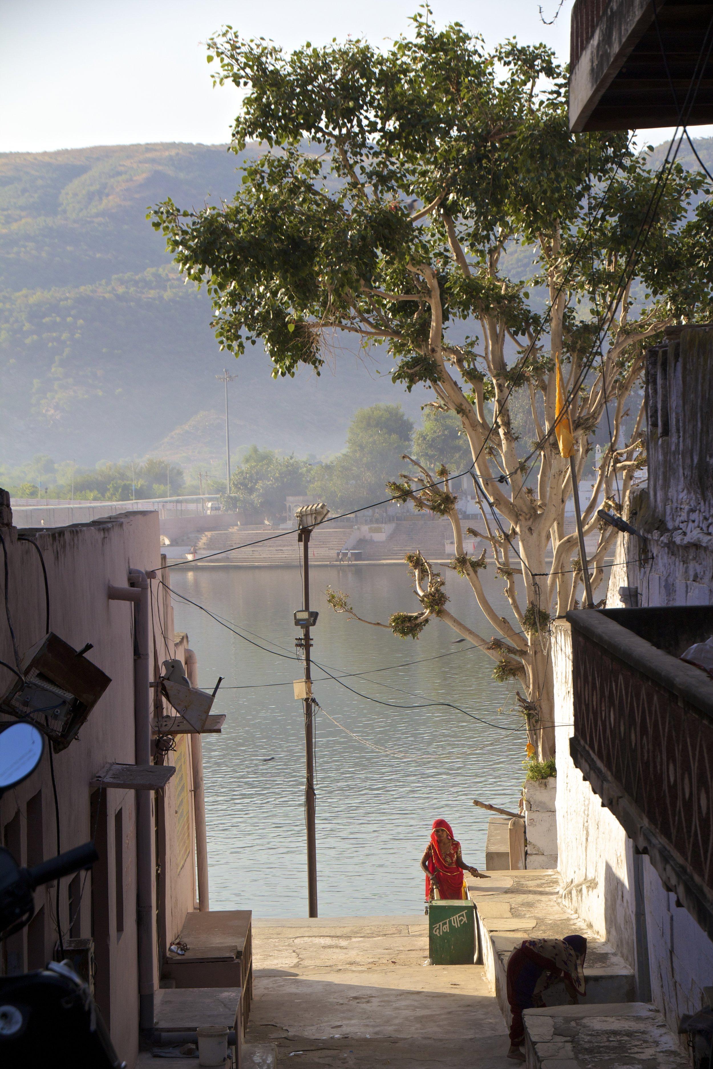 pushkar rajasthan ghats street photography 14.jpg