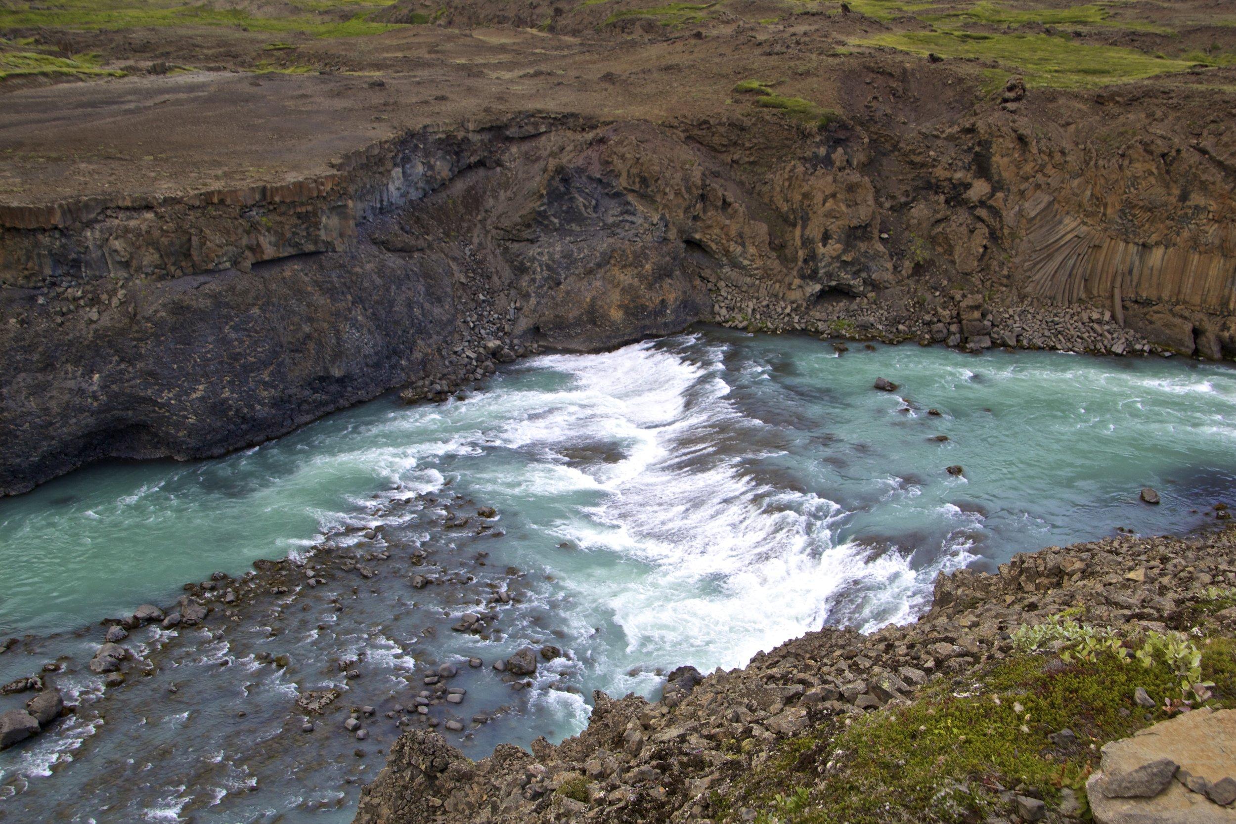 Aldeyjarfoss Iceland 3.jpg