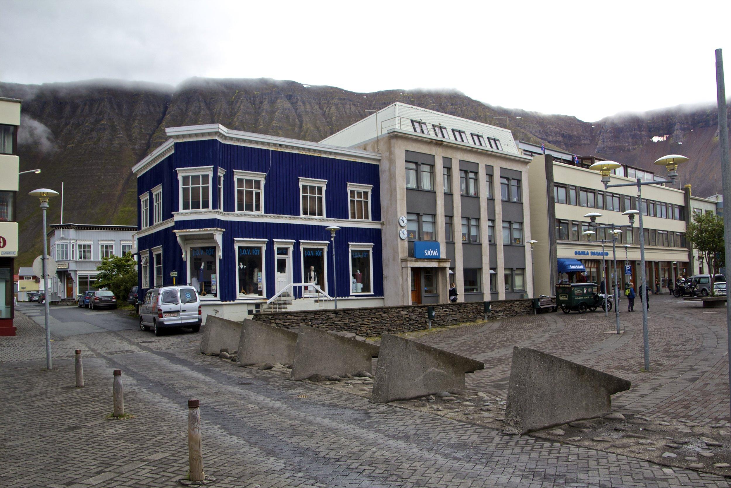 isafjordur westfjords iceland 9.jpg