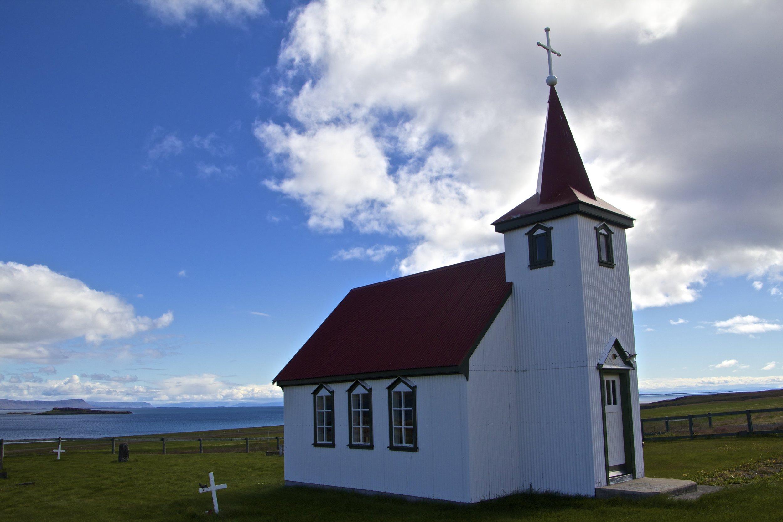 Brjánslækjarkirkja West Fjords 3.jpg