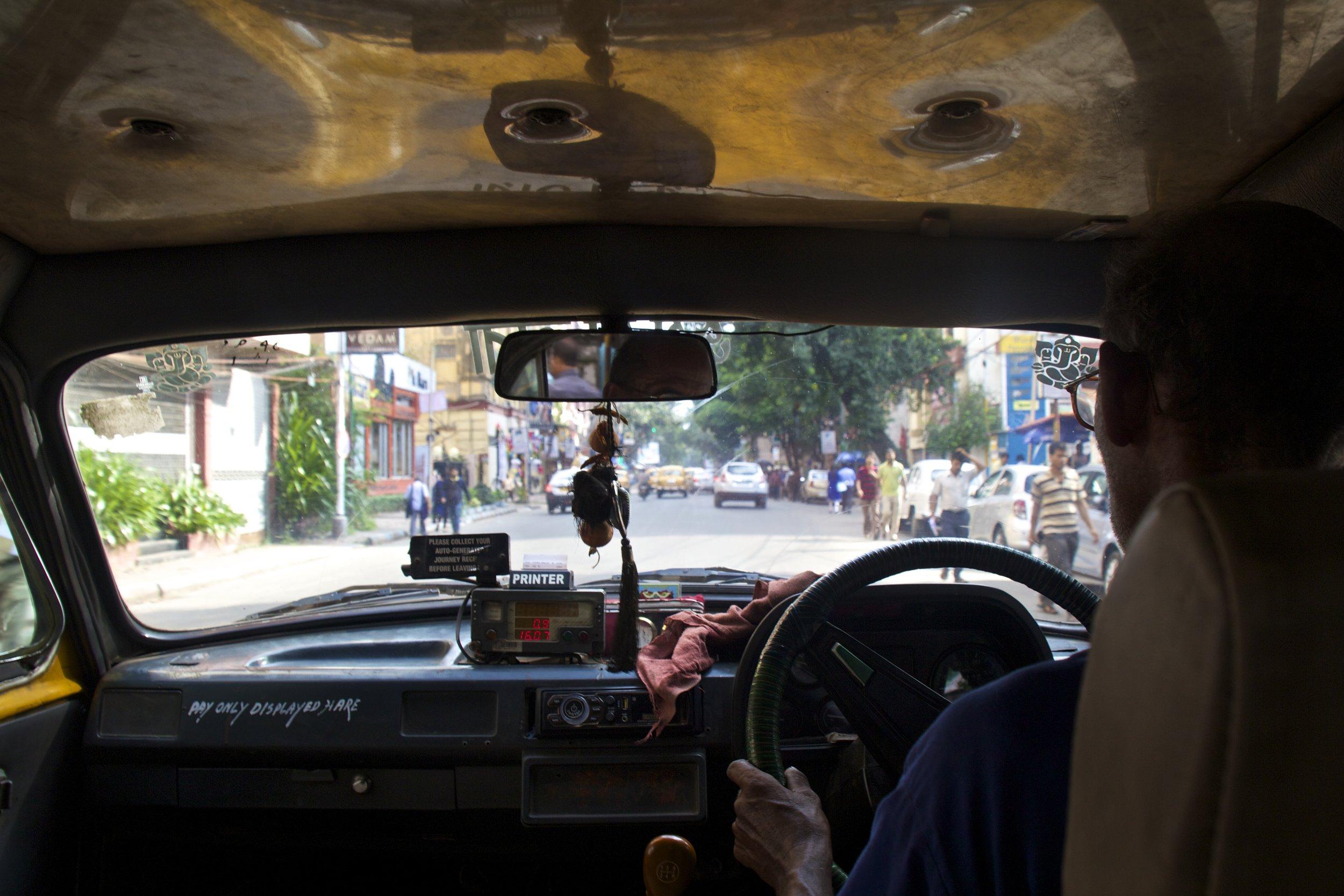 streets photography kolkata calcutta india taxi 1.jpg