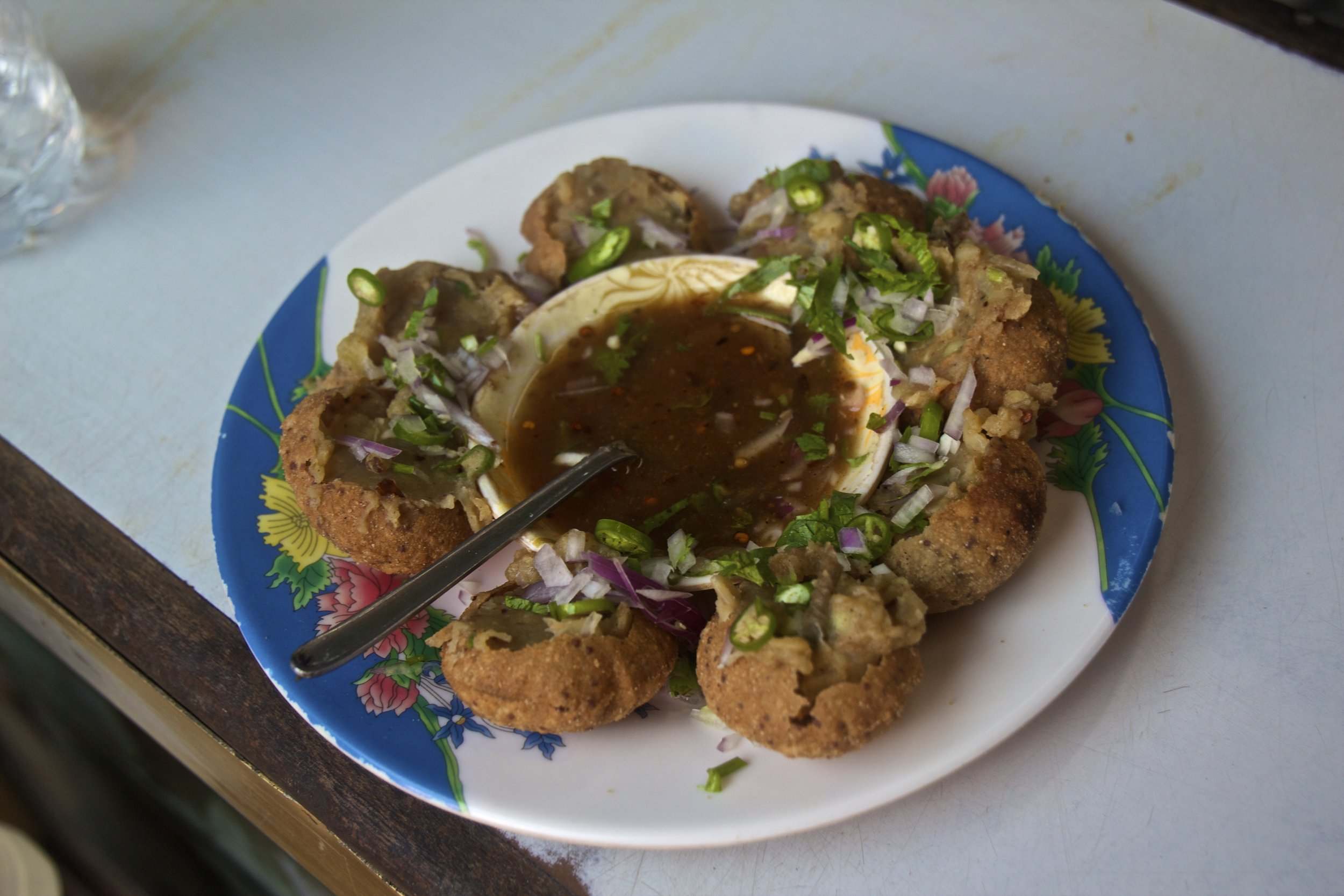 bangladeshi foods 1 fuchka.jpg