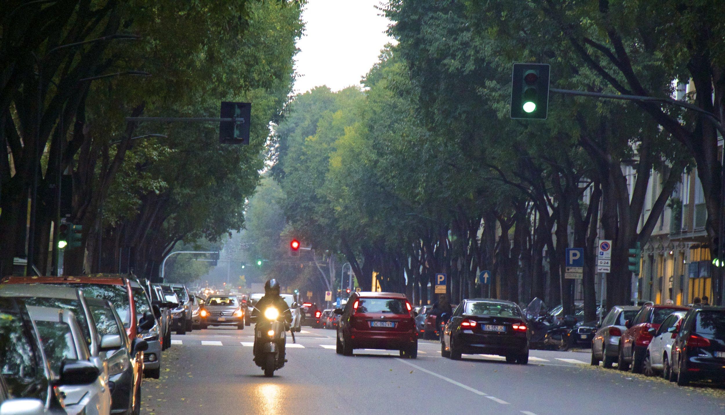 milan milano streets italy 8.jpg