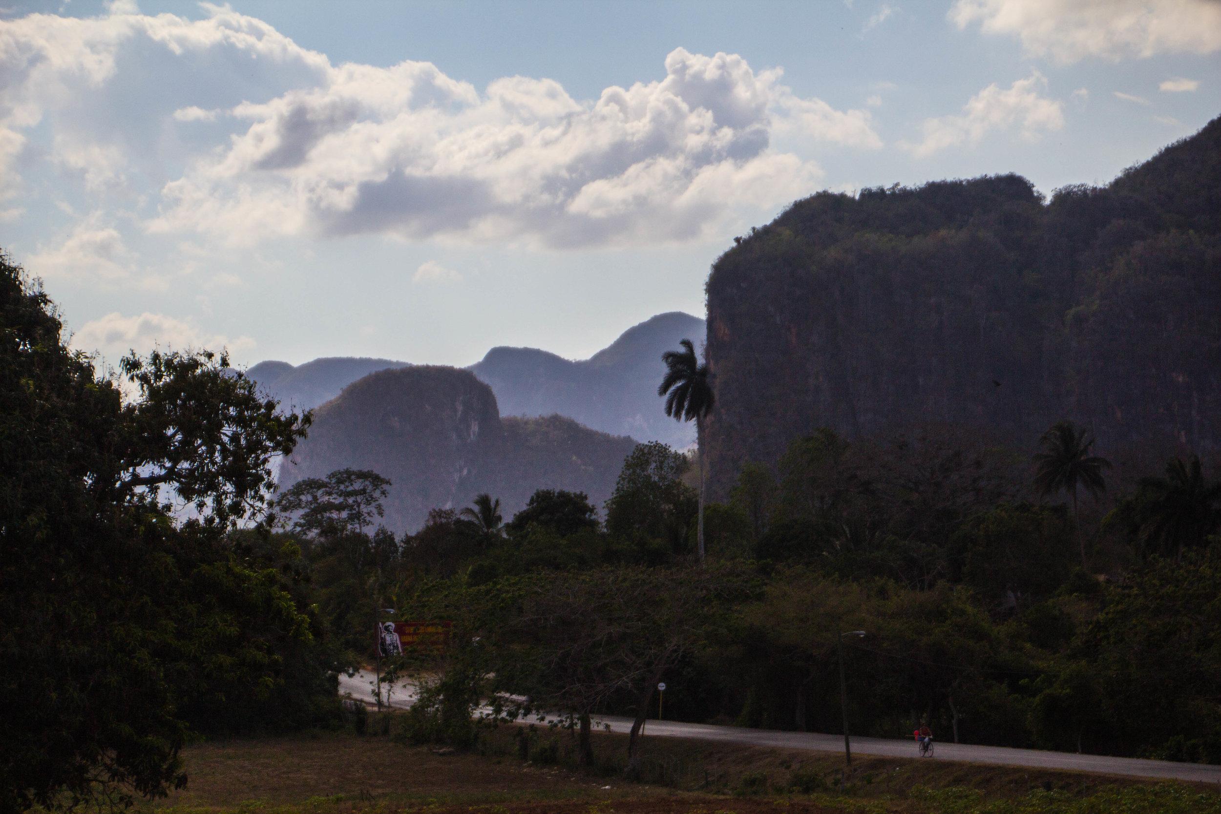 roads mountains viñales cuba-1.jpg