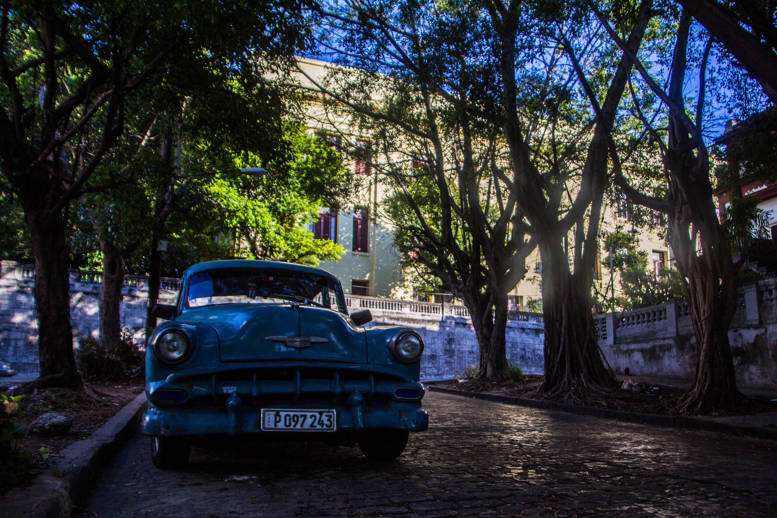 streets near university of havana vedado cuba-1-2-2.jpg