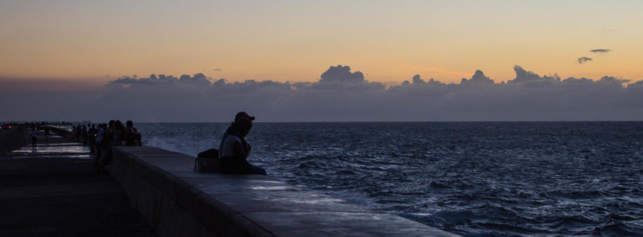 malecón havana cuba sunset-1-2.jpg