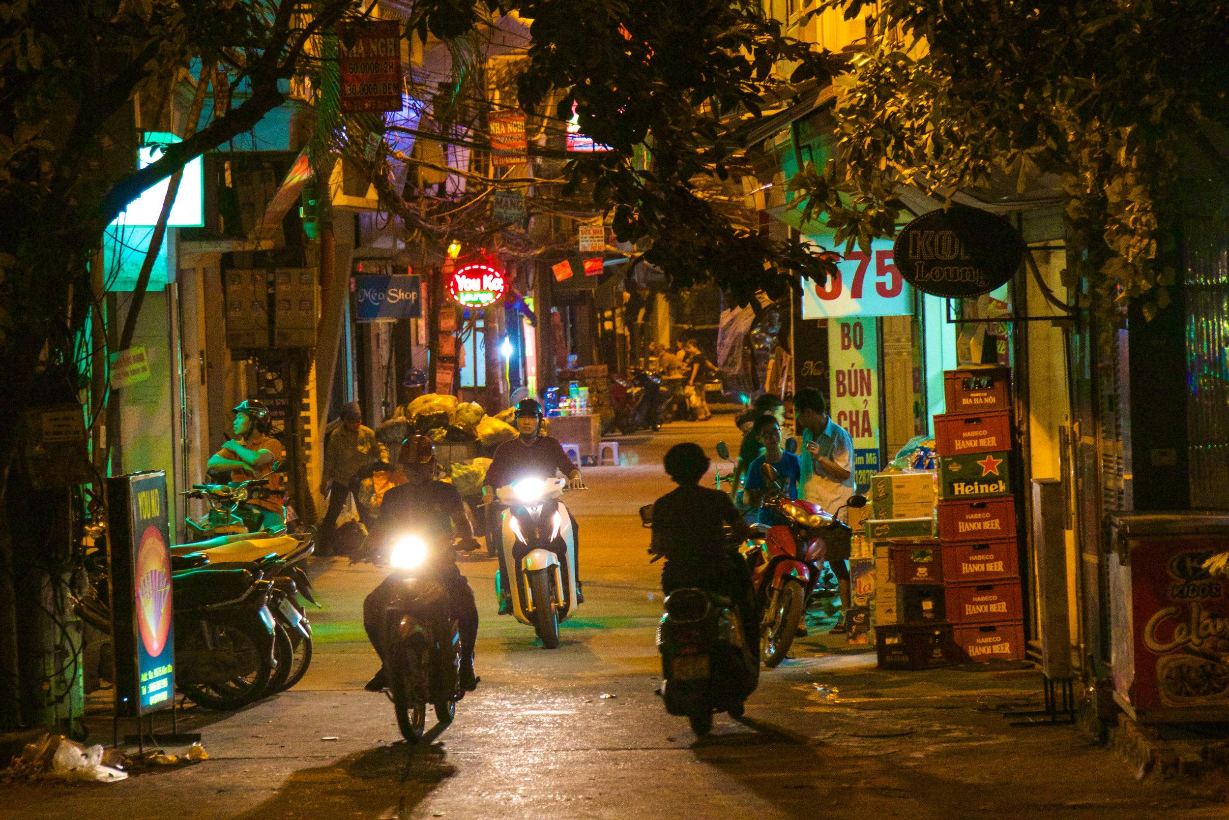 Hanoi Vietnam Photography 8-2.jpg