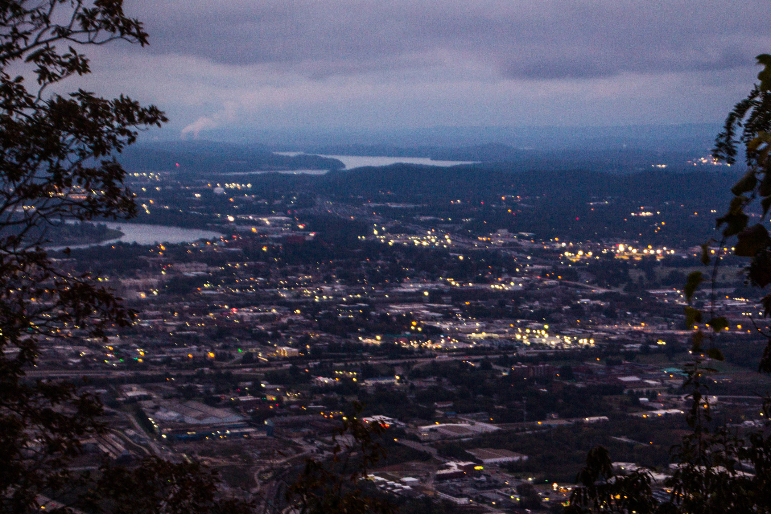 point-park-lookout-mountain-chattanooga-at-night-1.jpg